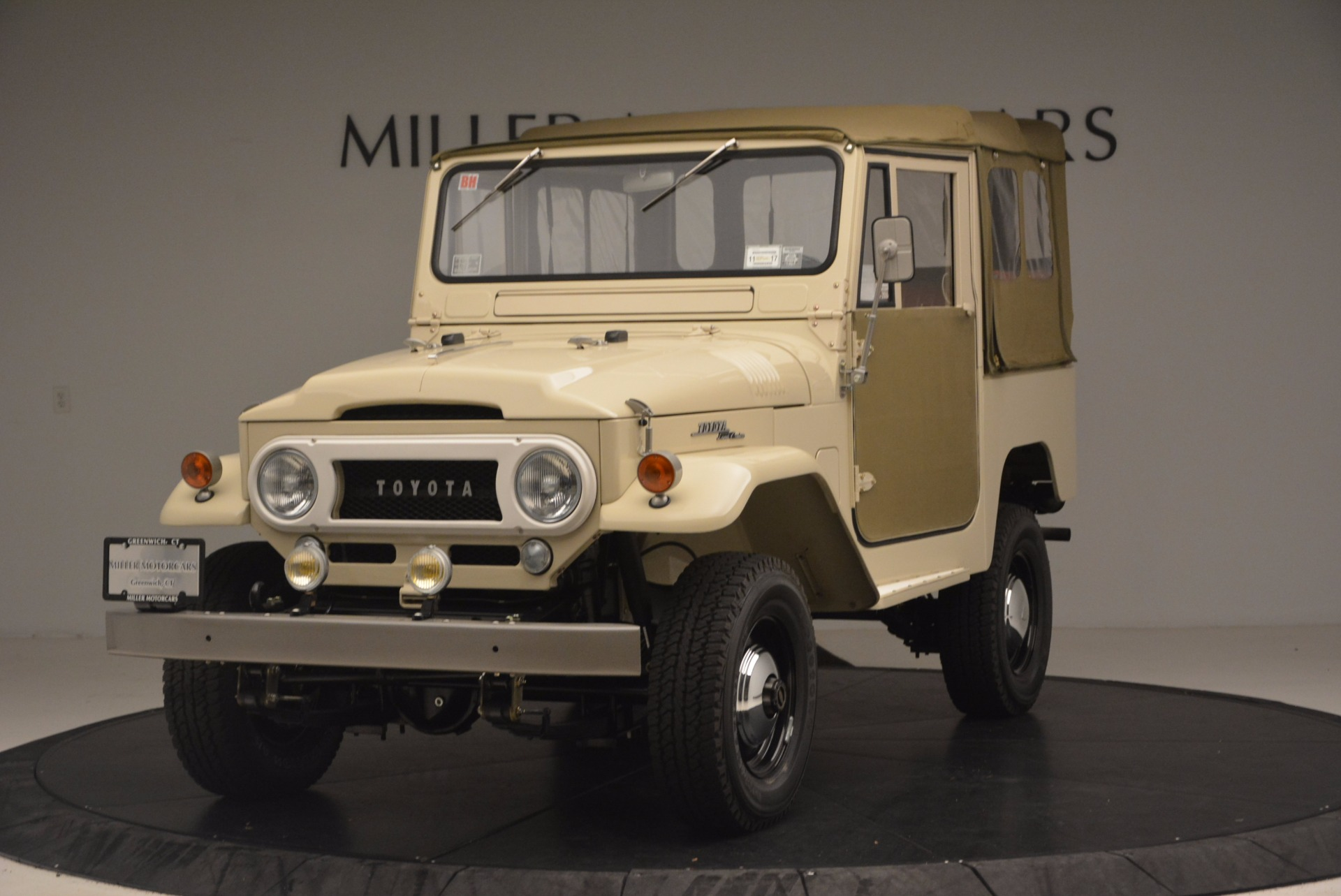 used 1966 toyota fj40 land cruiser land cruiser greenwich ct. Black Bedroom Furniture Sets. Home Design Ideas