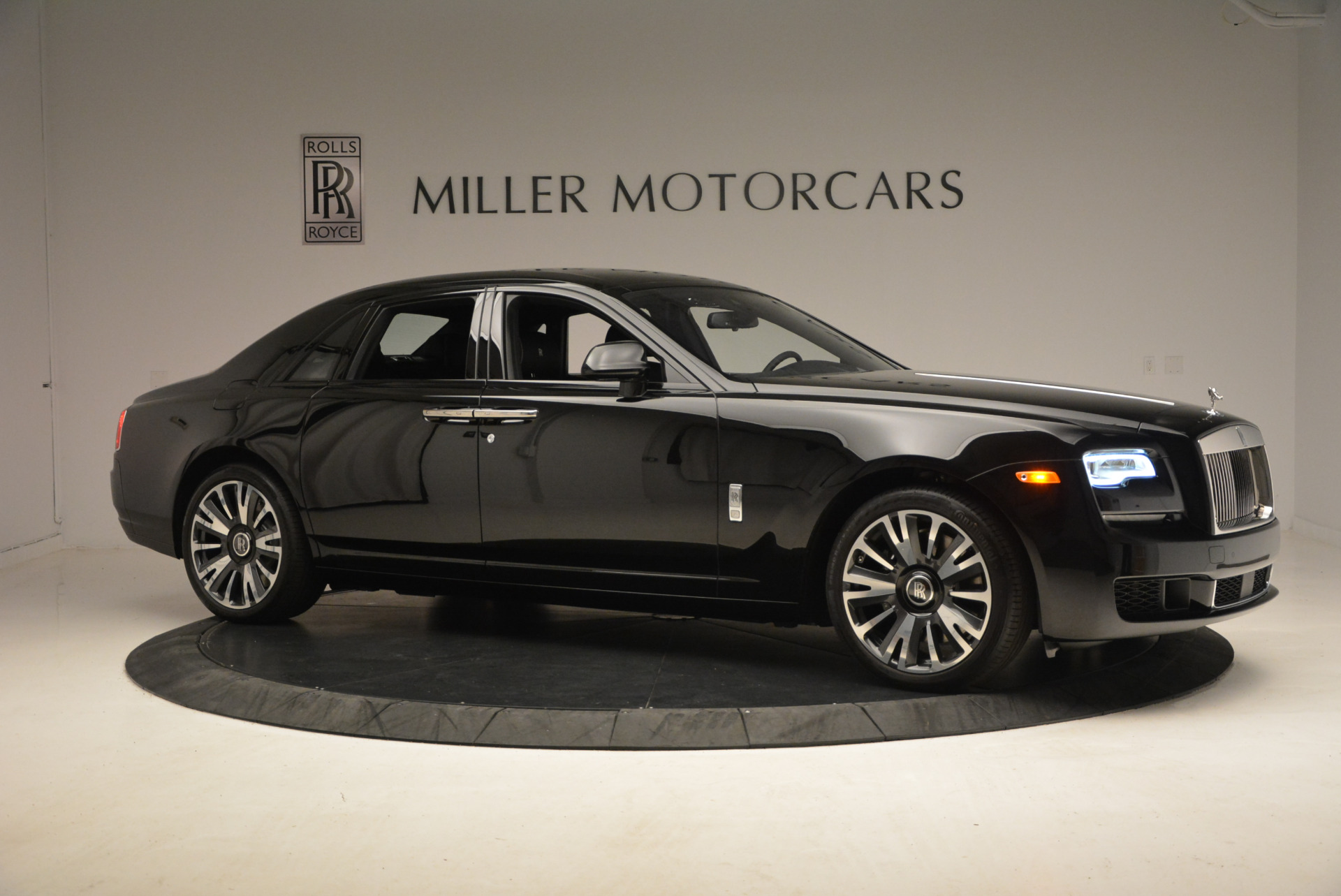 New 2018 Rolls-Royce Ghost  | Greenwich, CT