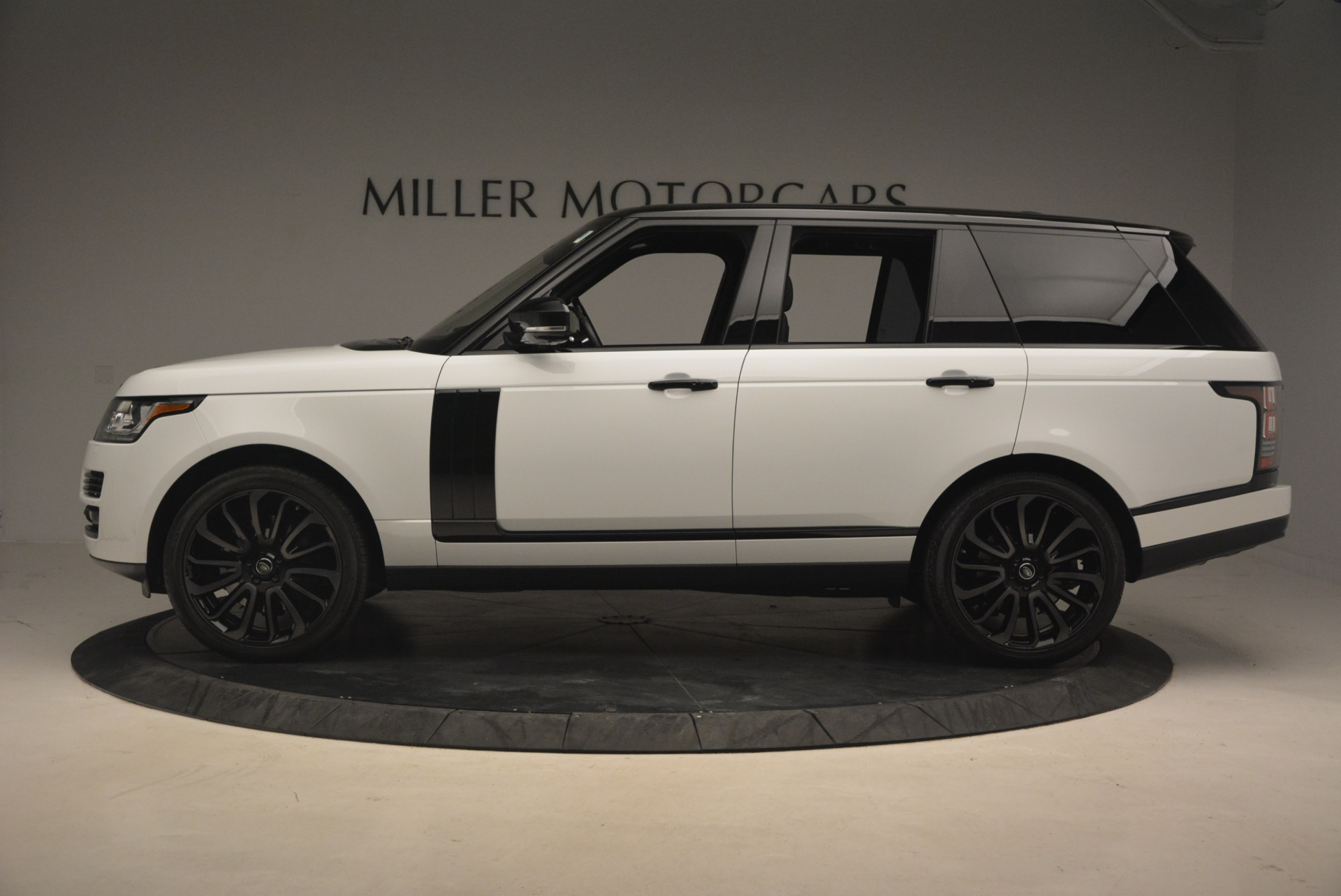 Used 2015 Land Rover Range Rover Supercharged | Greenwich, CT