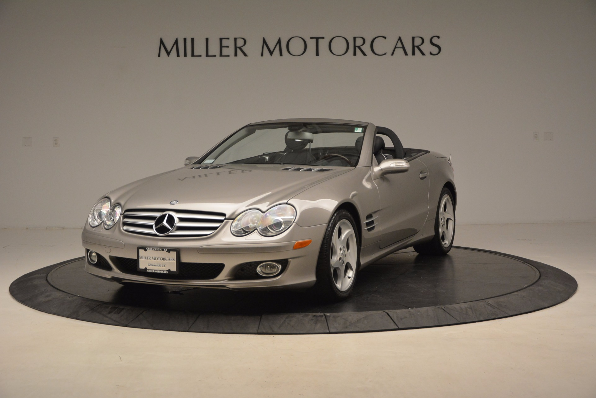 used 2007 mercedes benz sl class sl 550 greenwich ct. Black Bedroom Furniture Sets. Home Design Ideas