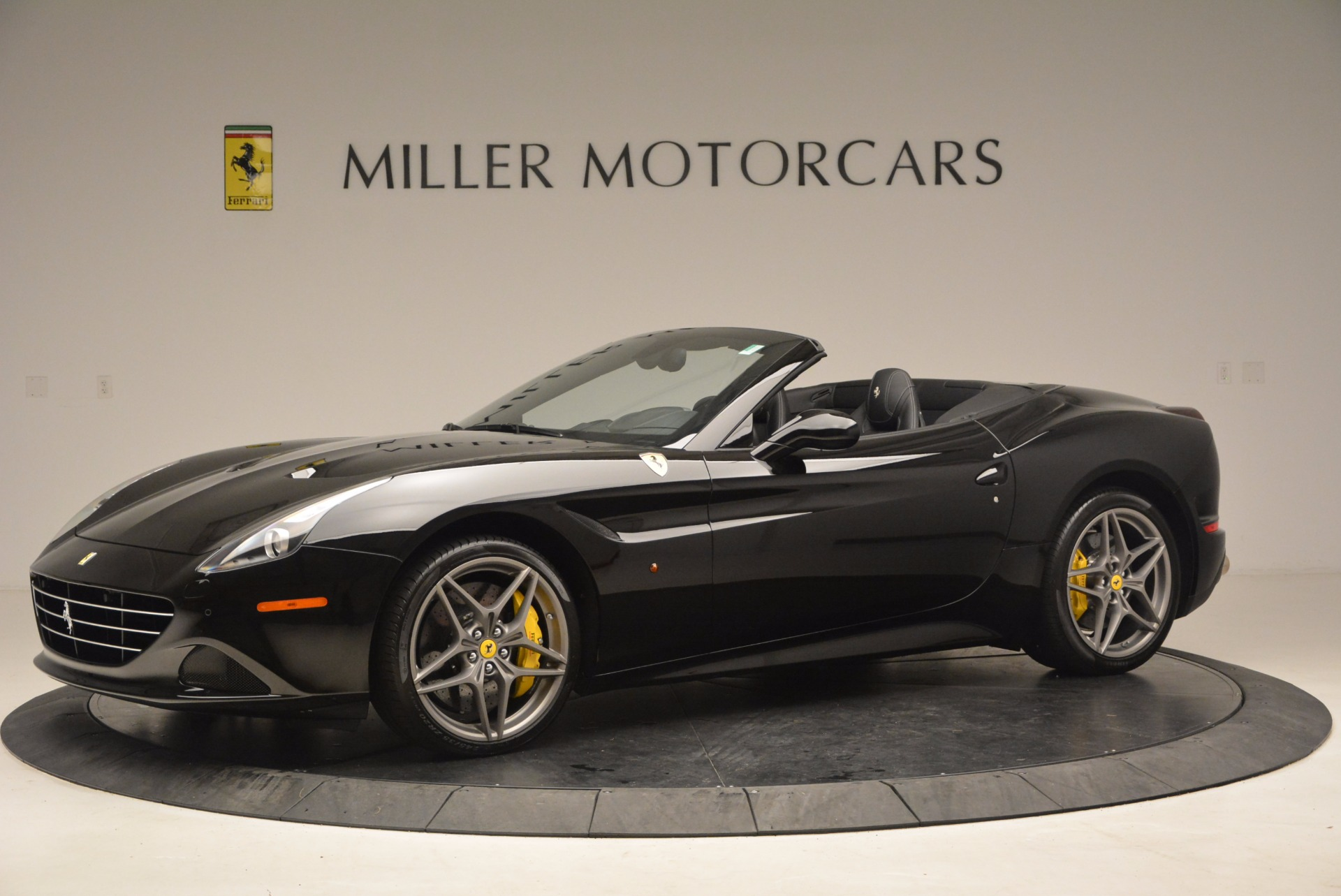 Used 2016 Ferrari California T Greenwich Ct