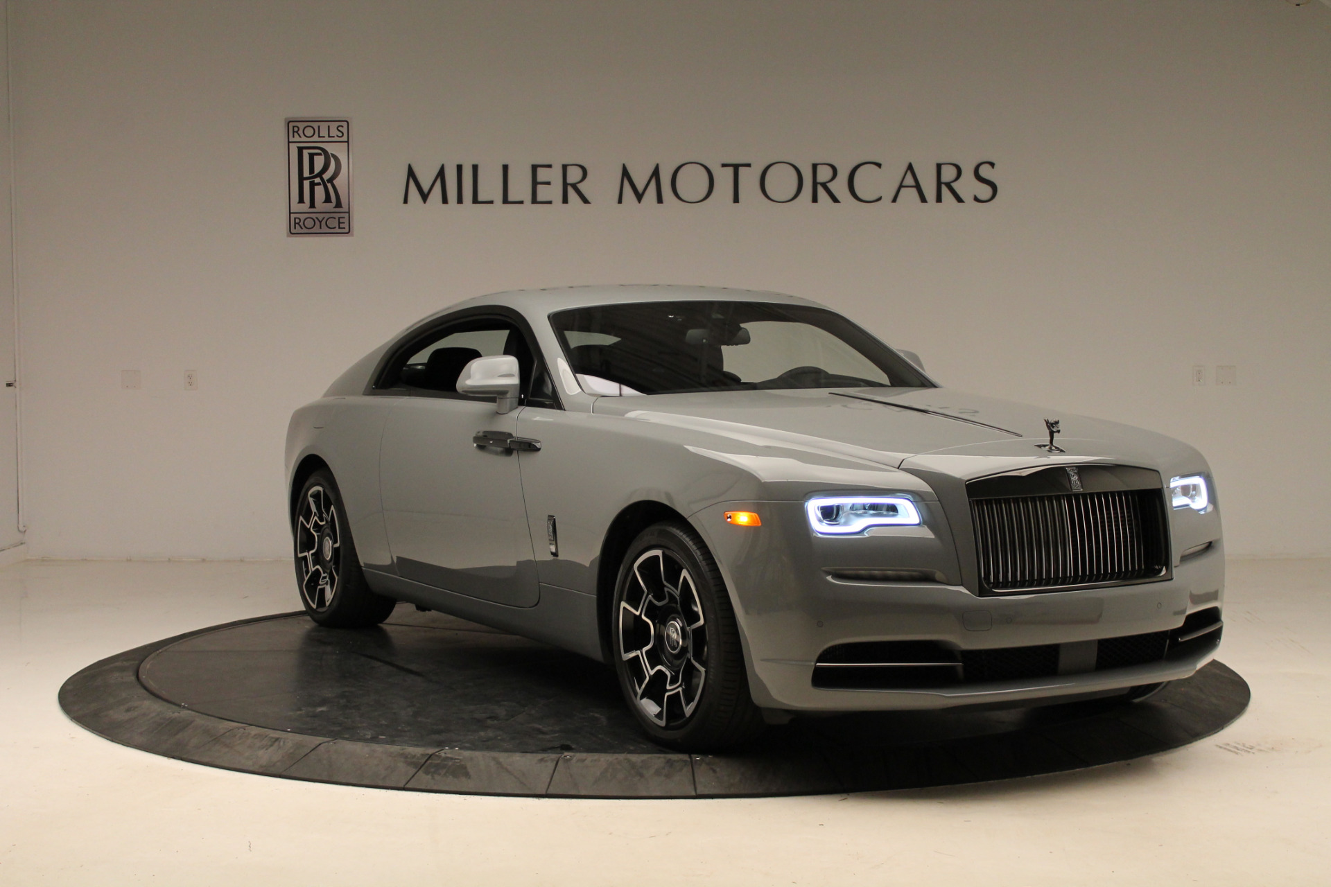 2018 rolls royce wraith black badge stock r439 366 visit. Black Bedroom Furniture Sets. Home Design Ideas