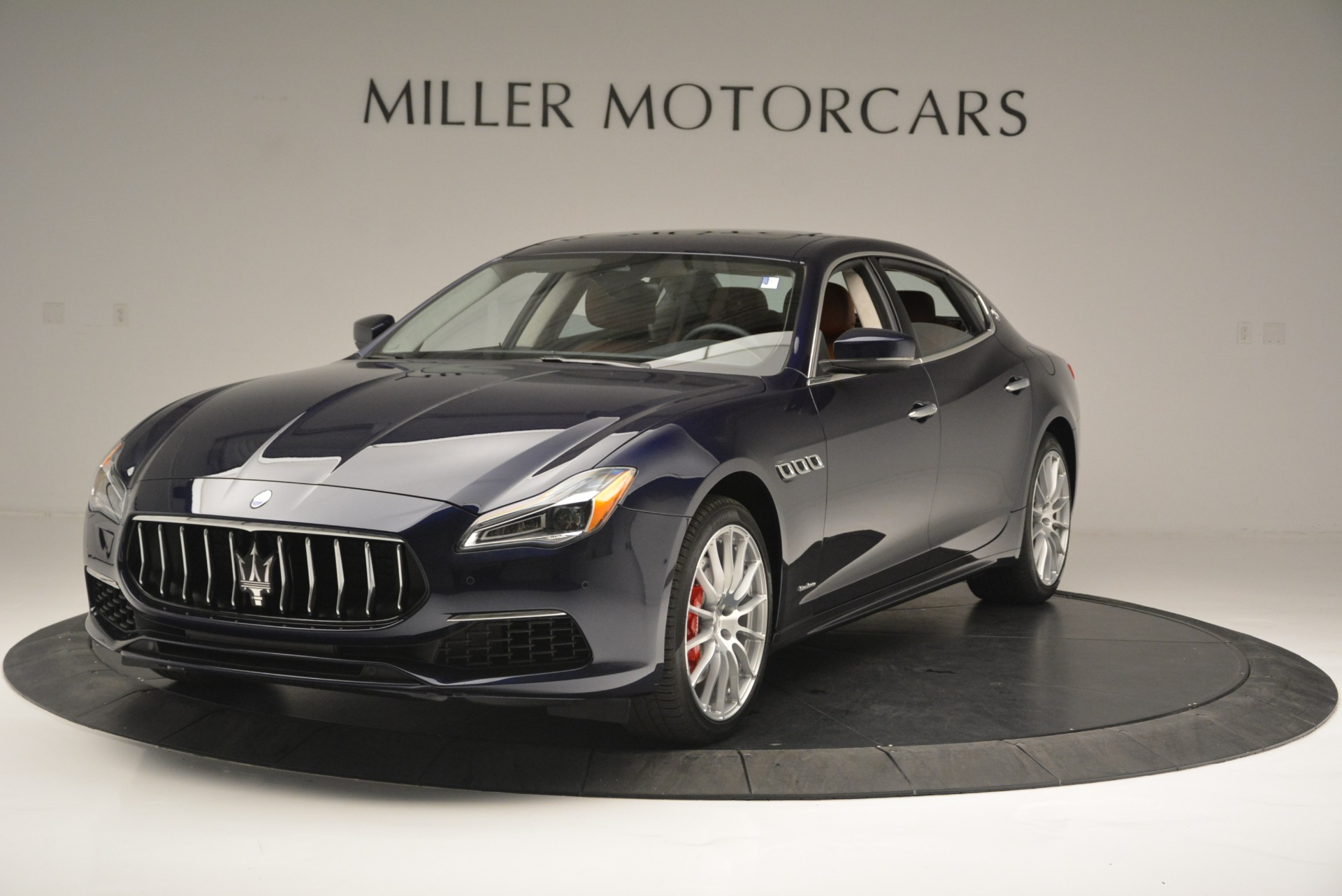 new 2018 maserati quattroporte s q4 granlusso greenwich ct. Black Bedroom Furniture Sets. Home Design Ideas