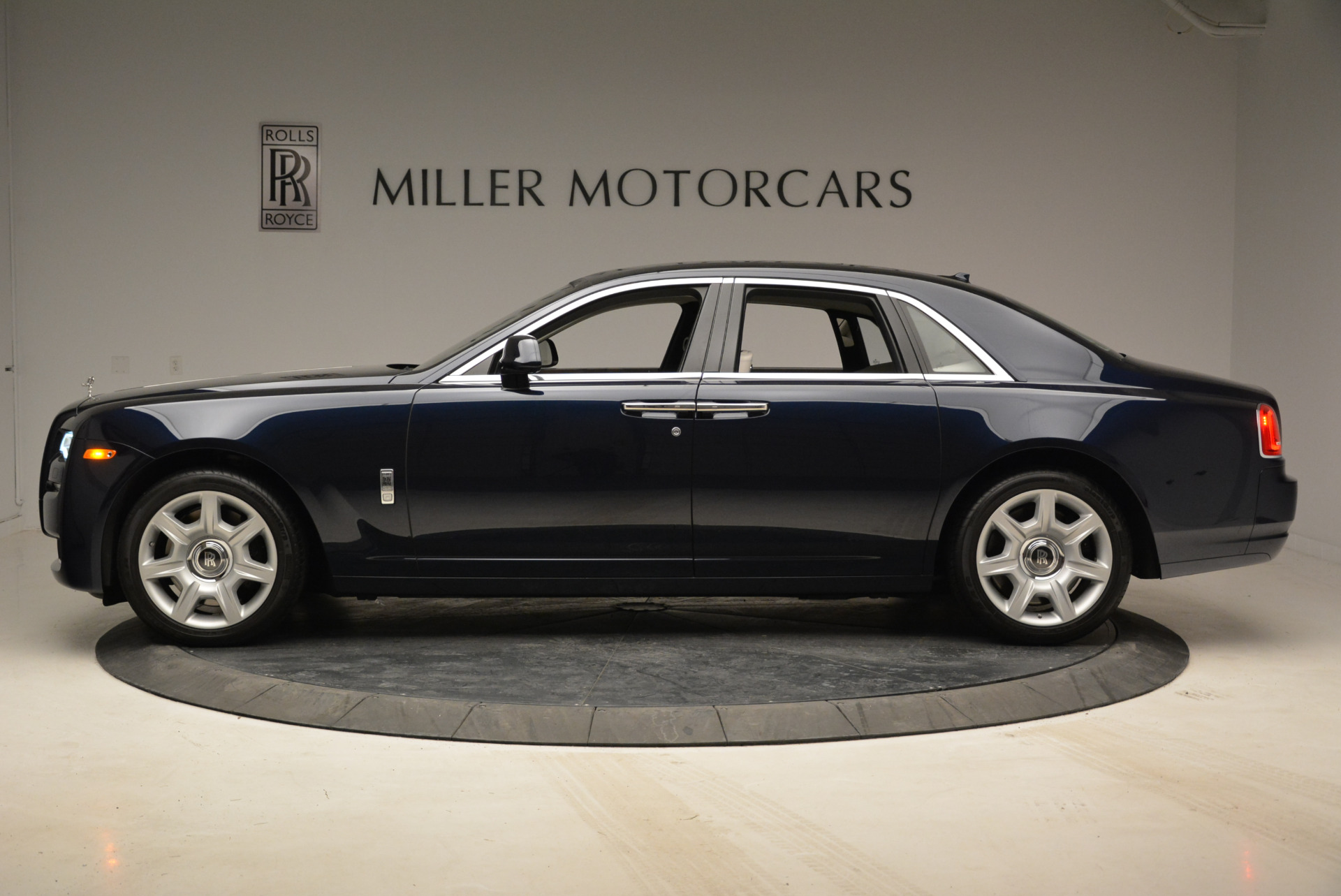 Used 2015 Rolls-Royce Ghost  | Greenwich, CT