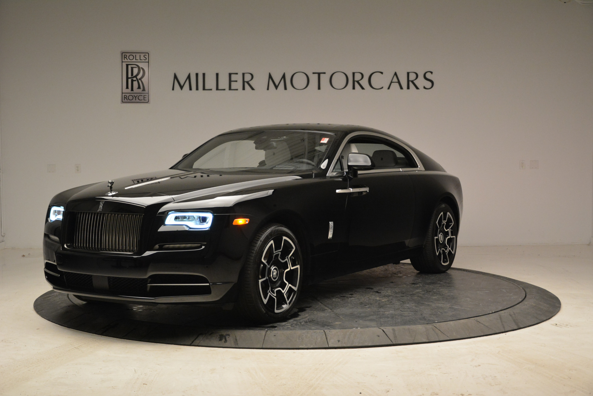 used 2017 rolls royce wraith black badge greenwich ct. Black Bedroom Furniture Sets. Home Design Ideas