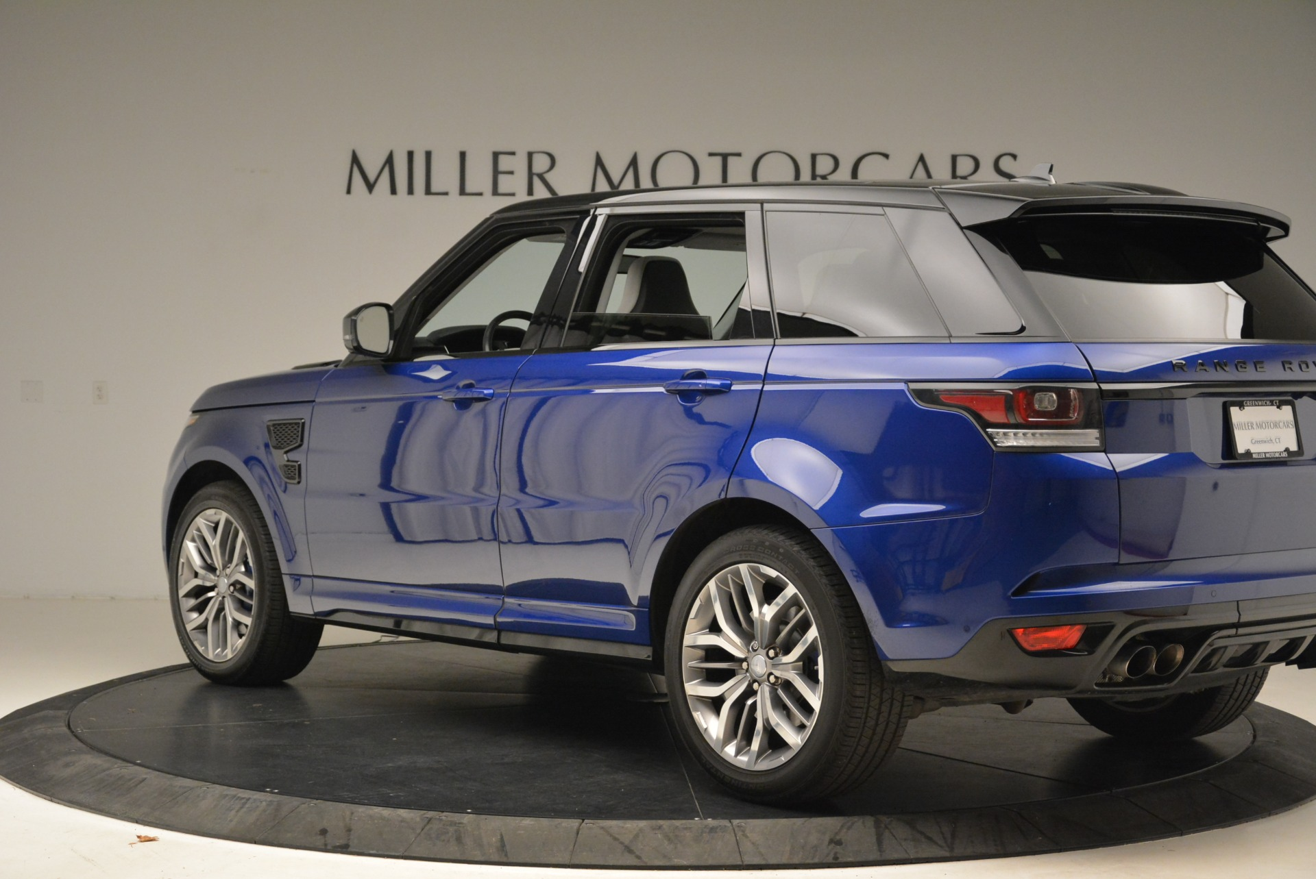 Used 2015 Land Rover Range Rover Sport SVR   Greenwich, CT