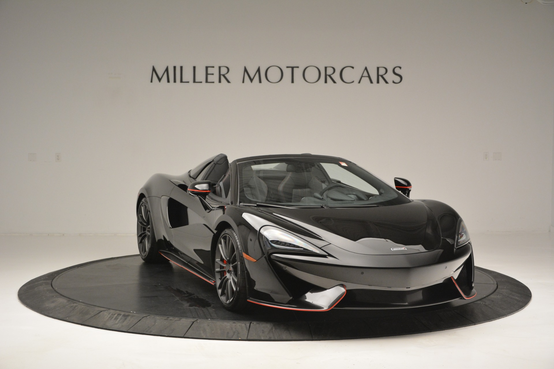 Used 2018 McLaren 570S Spider | Greenwich, CT
