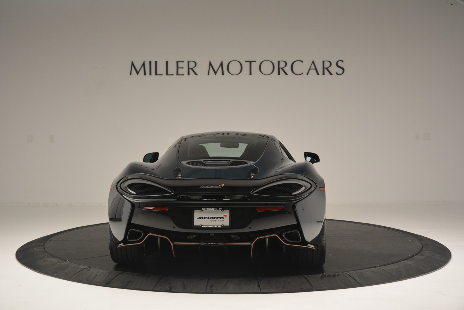 New 2018 McLaren 570GT Coupe | Greenwich, CT