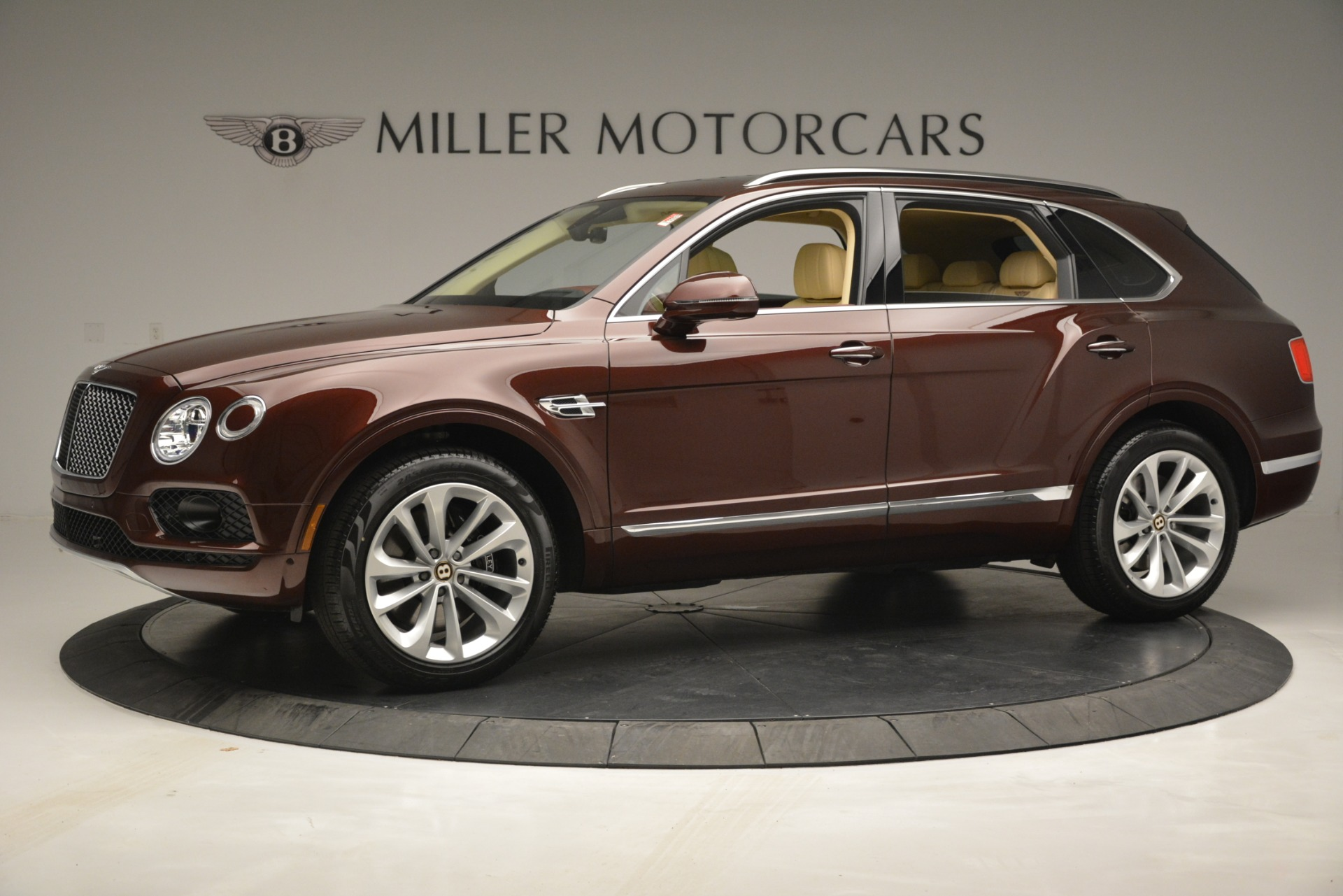 Used 2019 Bentley Bentayga V8 | Greenwich, CT