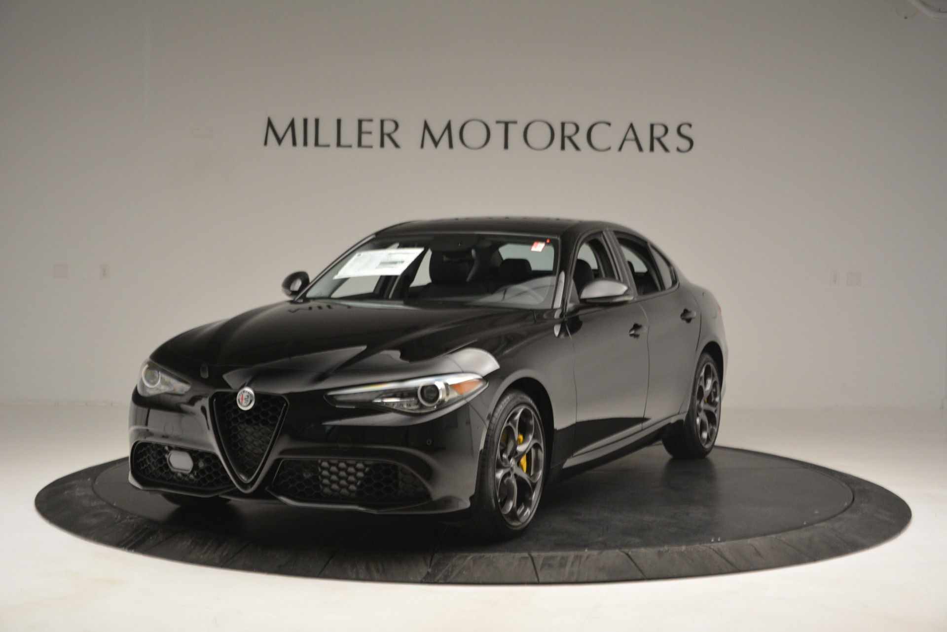 New 2019 Alfa Romeo Giulia Ti Q4 | Greenwich, CT