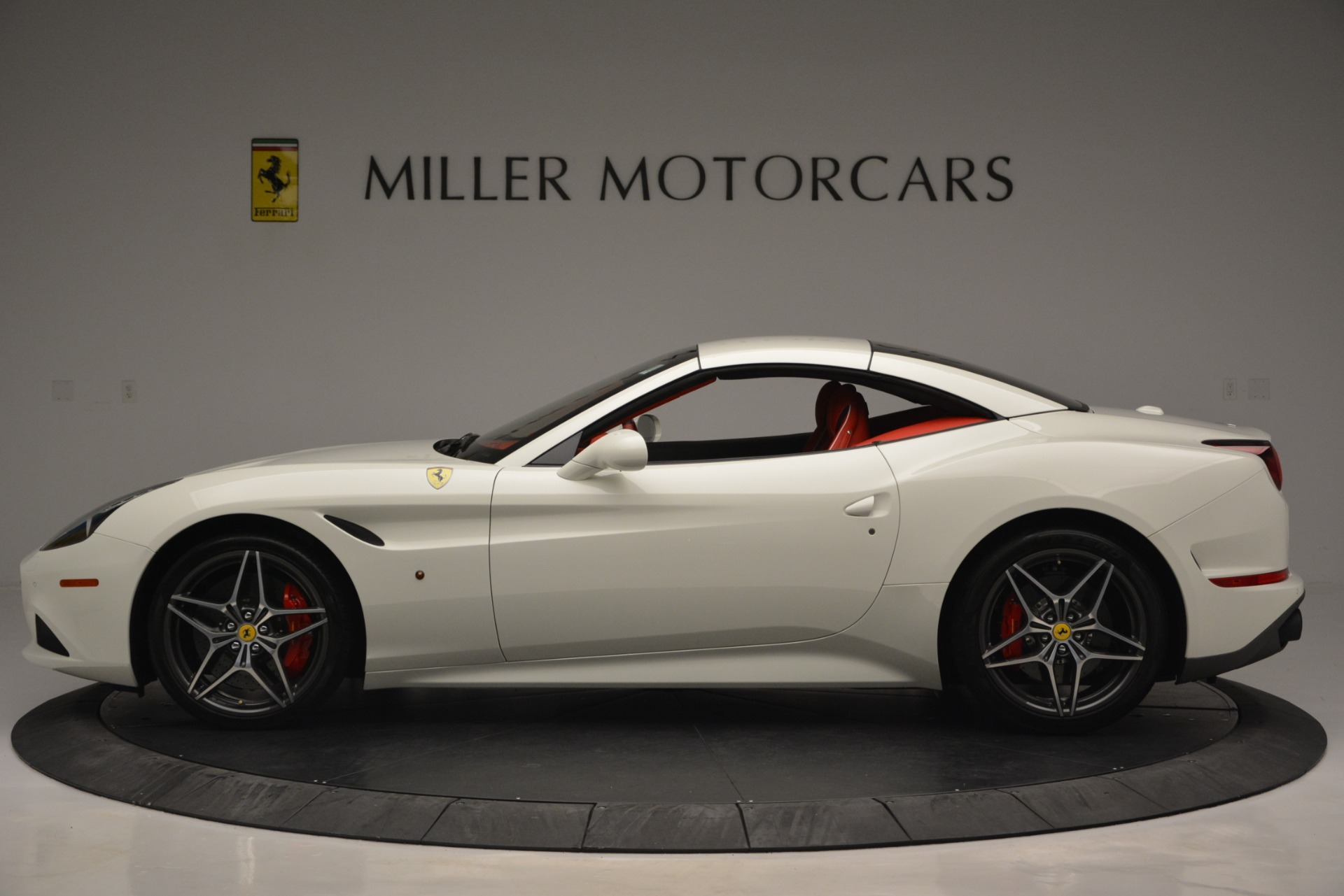 Used 2017 Ferrari California T Handling Speciale | Greenwich, CT
