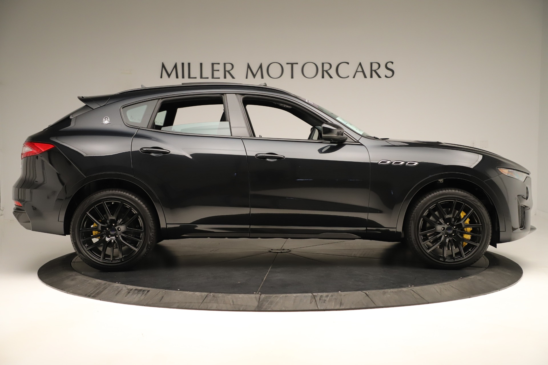 New 2019 Maserati Levante Trofeo | Greenwich, CT