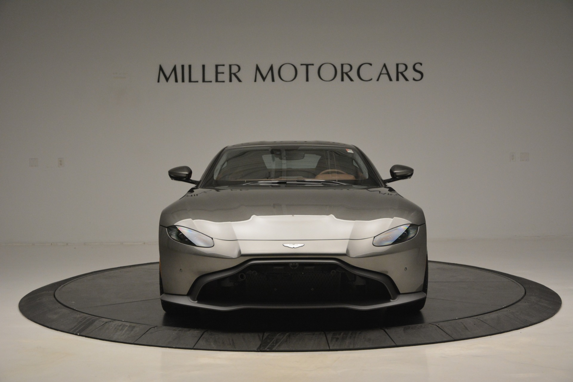 Used 2019 Aston Martin Vantage    Greenwich, CT
