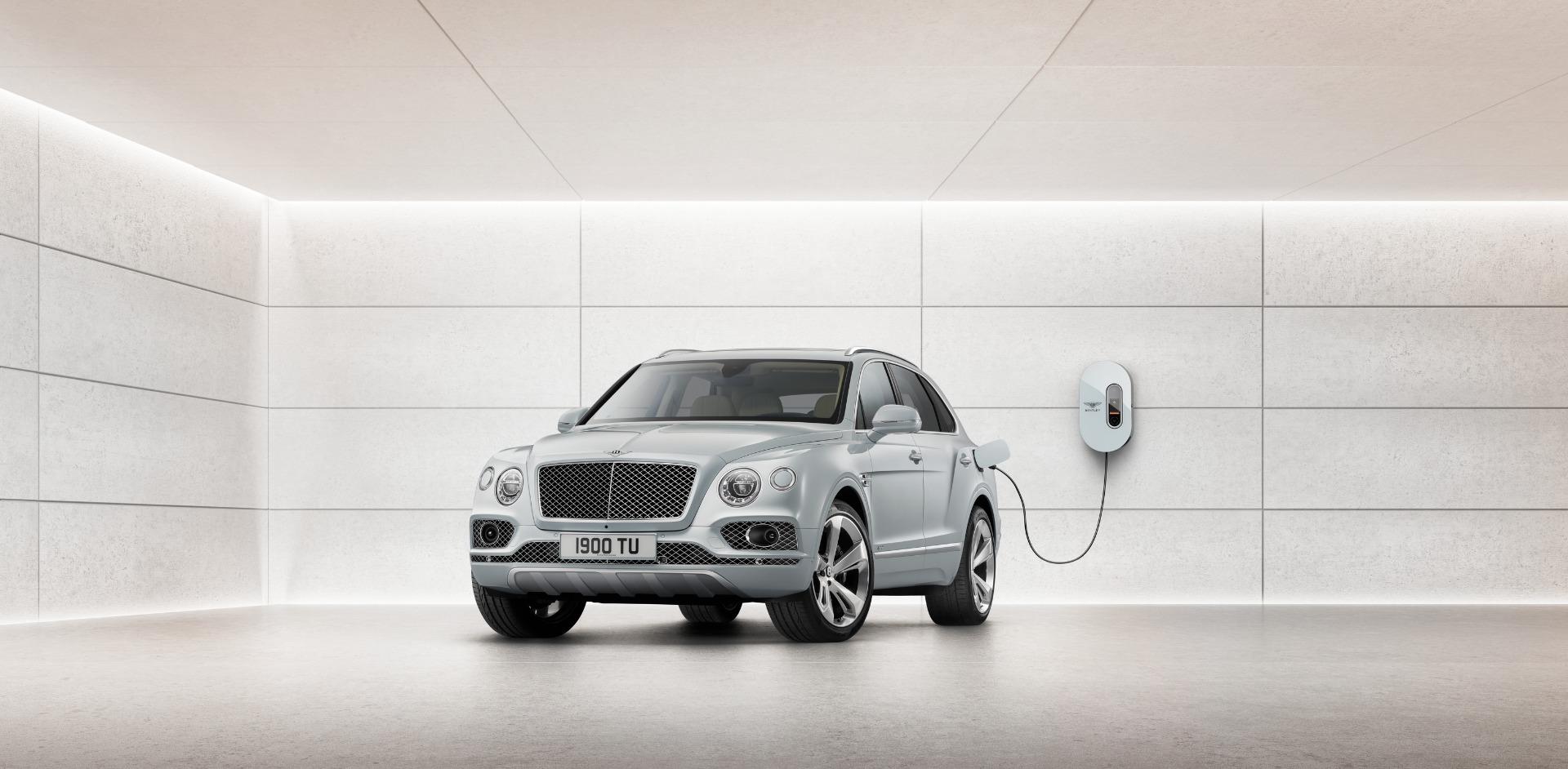 New 2020 Bentley Bentayga Hybrid   Greenwich, CT