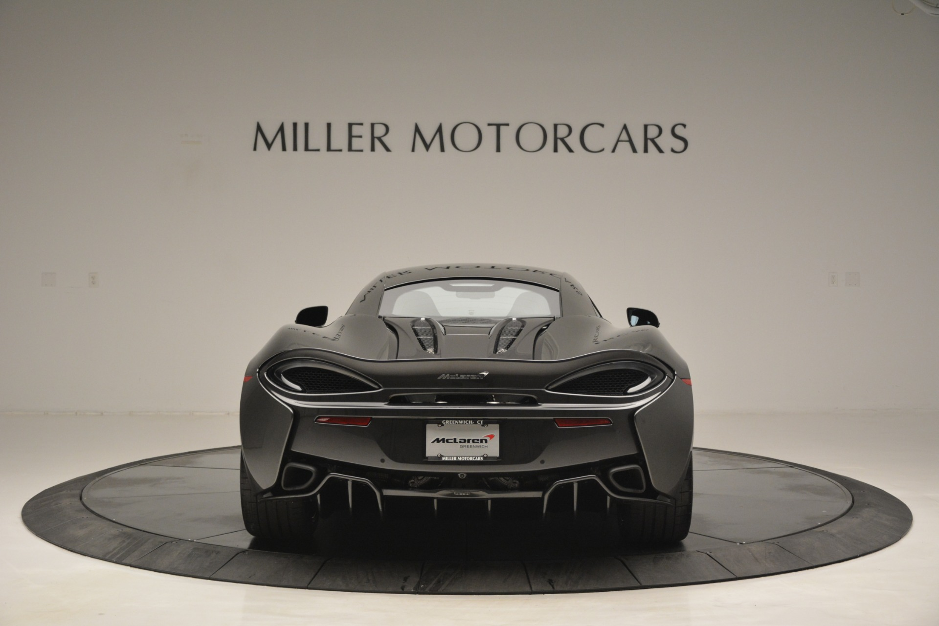 New 2019 McLaren 570S Coupe | Greenwich, CT