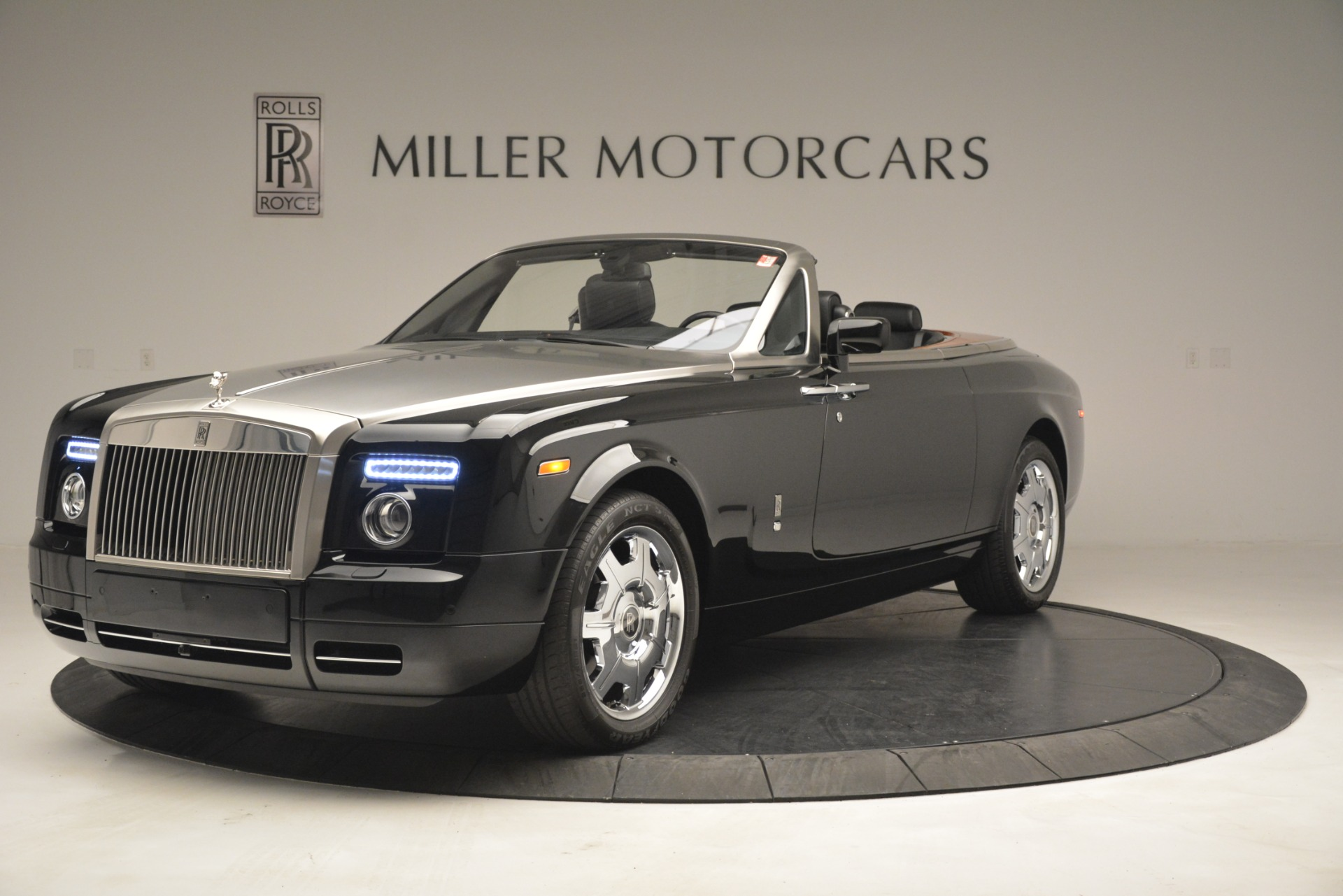 Used 2008 Rolls-Royce Phantom Drophead Coupe  | Greenwich, CT