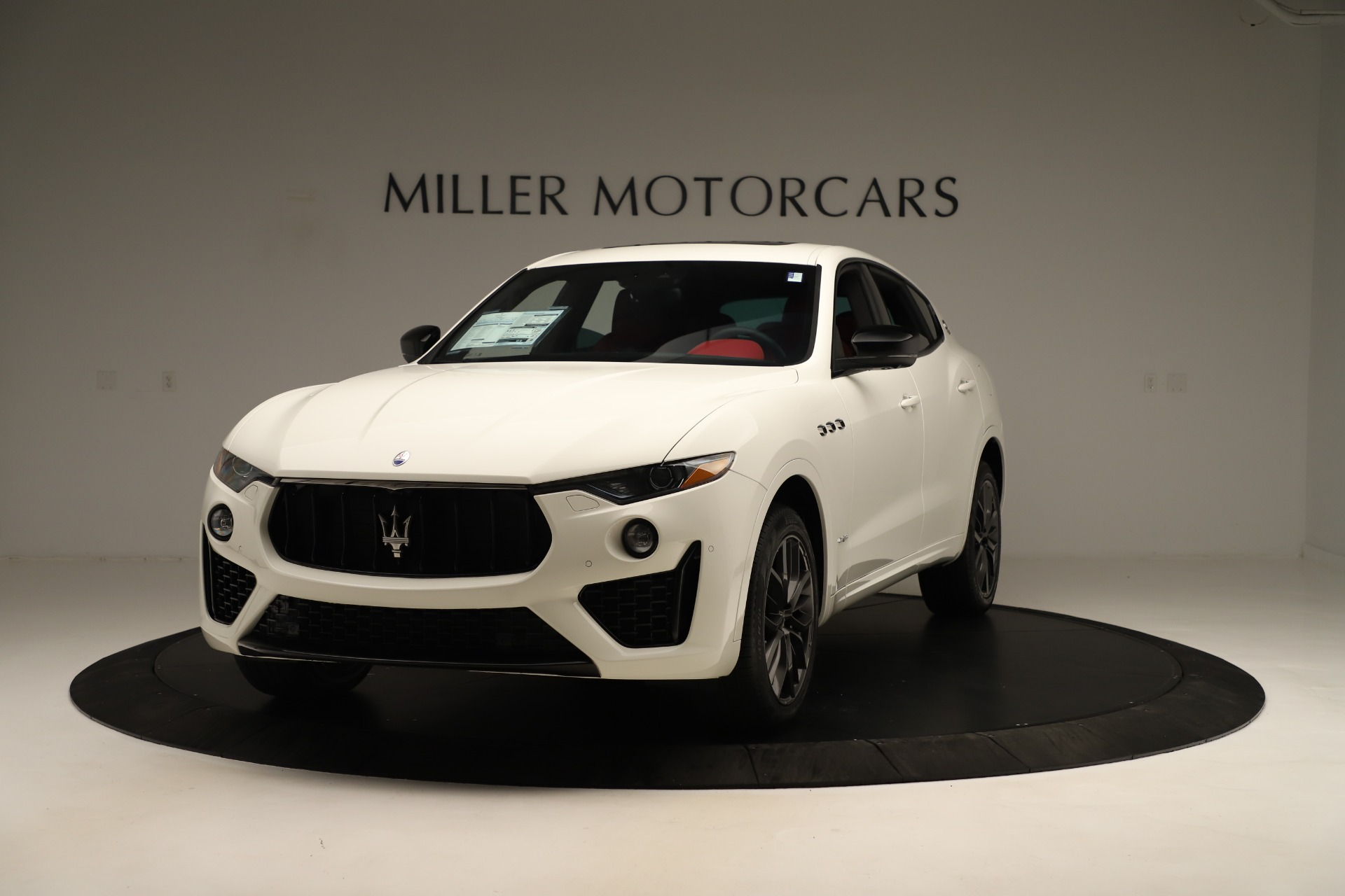 New 2019 Maserati Levante Q4 GranSport Nerissimo | Greenwich, CT