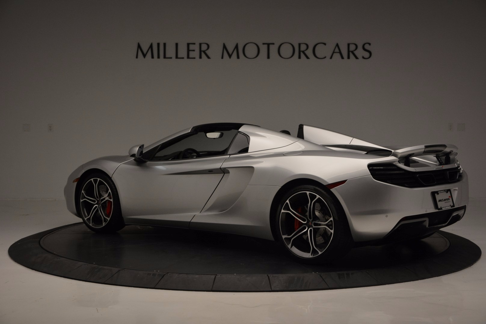 Used 2014 McLaren 12C Spider  | Greenwich, CT