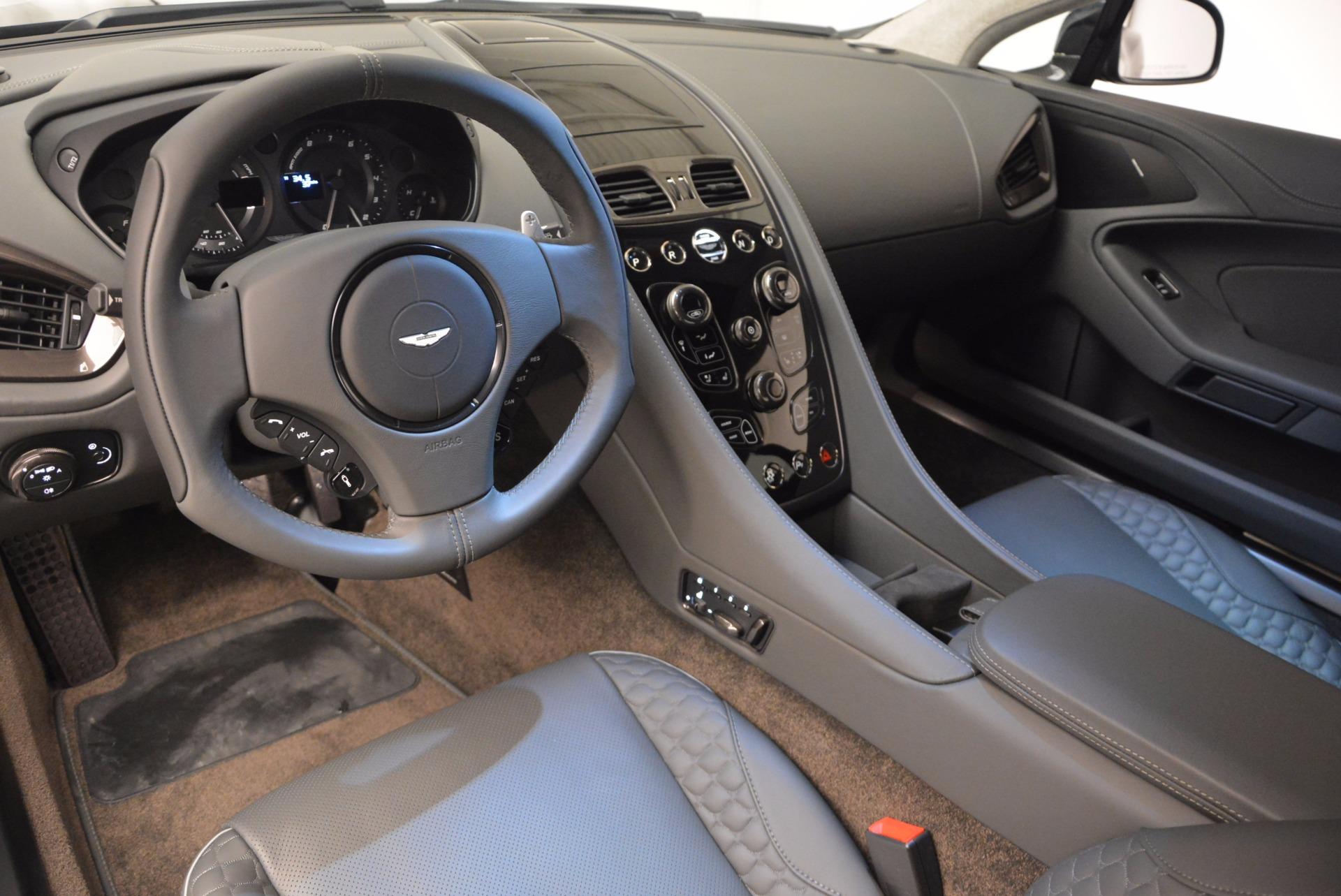 New 2017 Aston Martin Vanquish 2-Door Coupe | Greenwich, CT