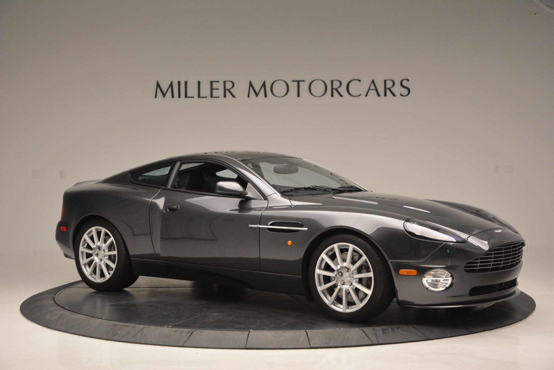 Used 2005 Aston Martin V12 Vanquish S | Greenwich, CT