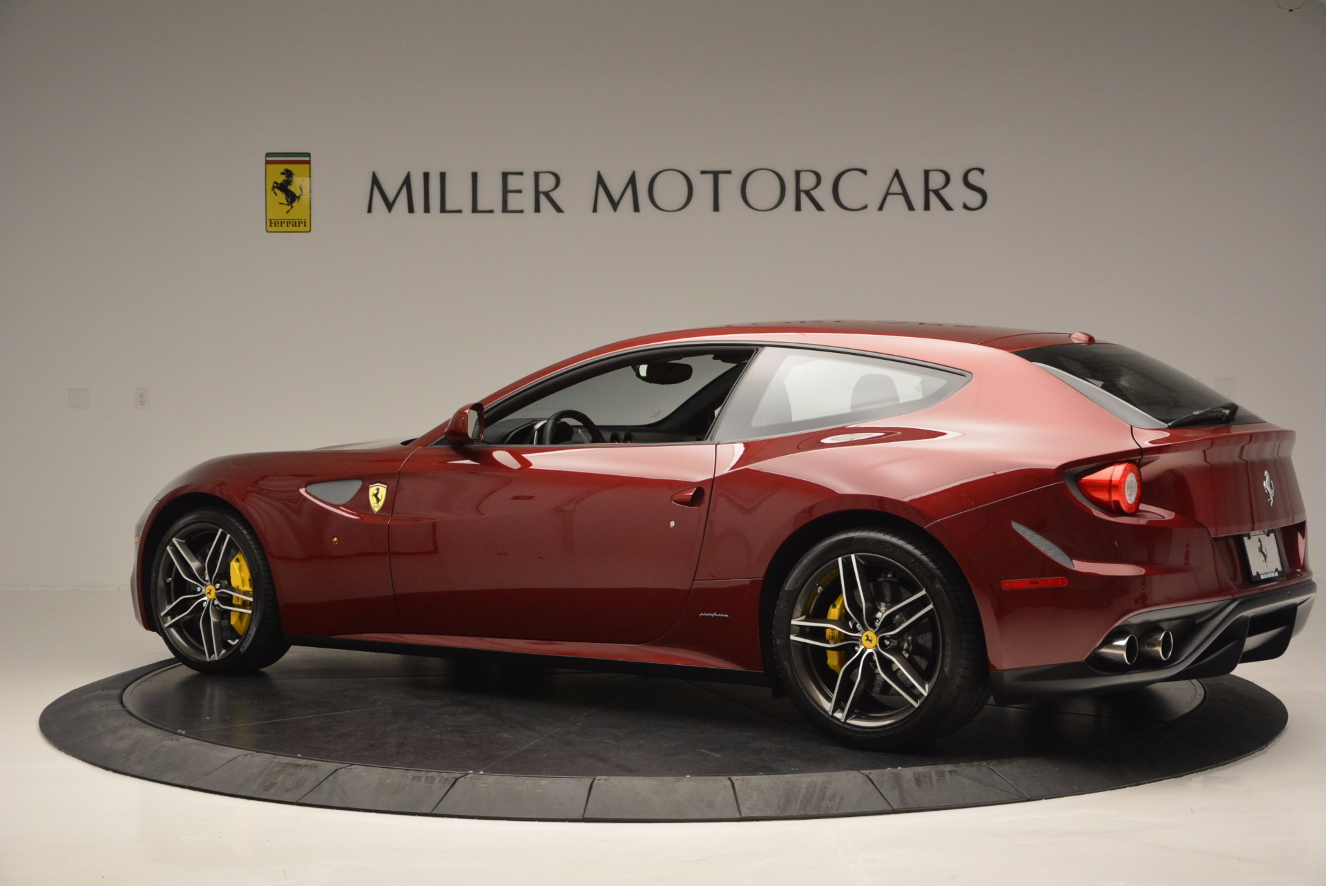 Used 2017 Ferrari Ff Greenwich Ct