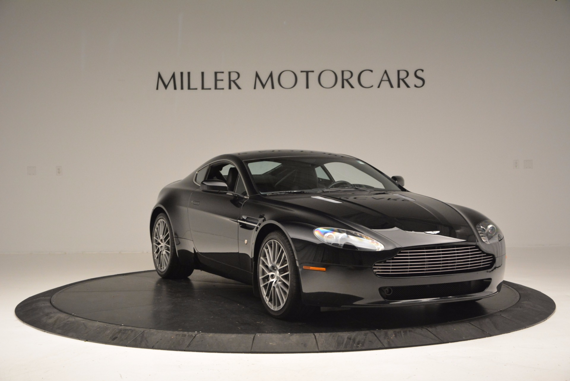 Used 2009 Aston Martin V8 Vantage  | Greenwich, CT
