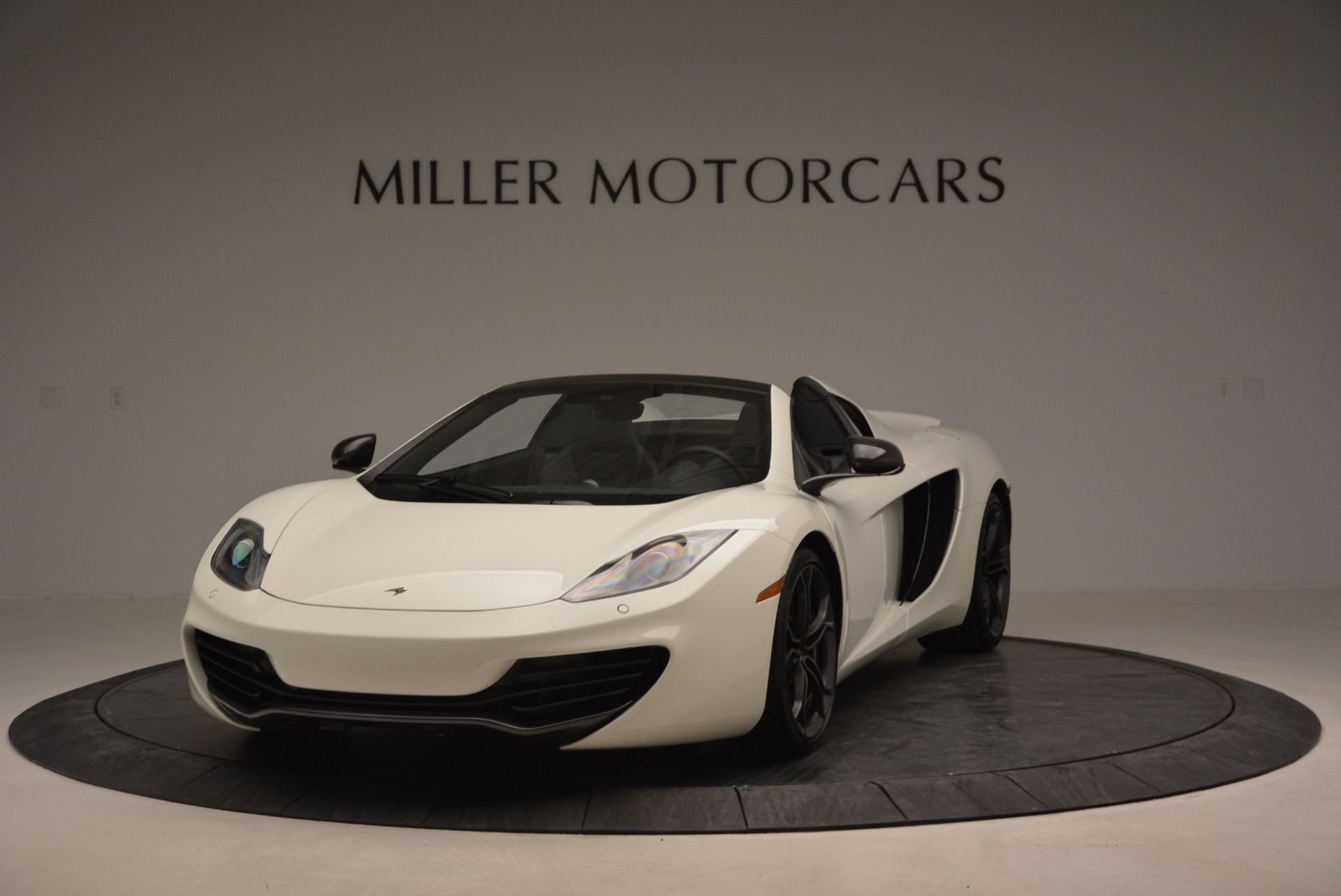 Used 2014 McLaren MP4 12C Spider | Greenwich, CT
