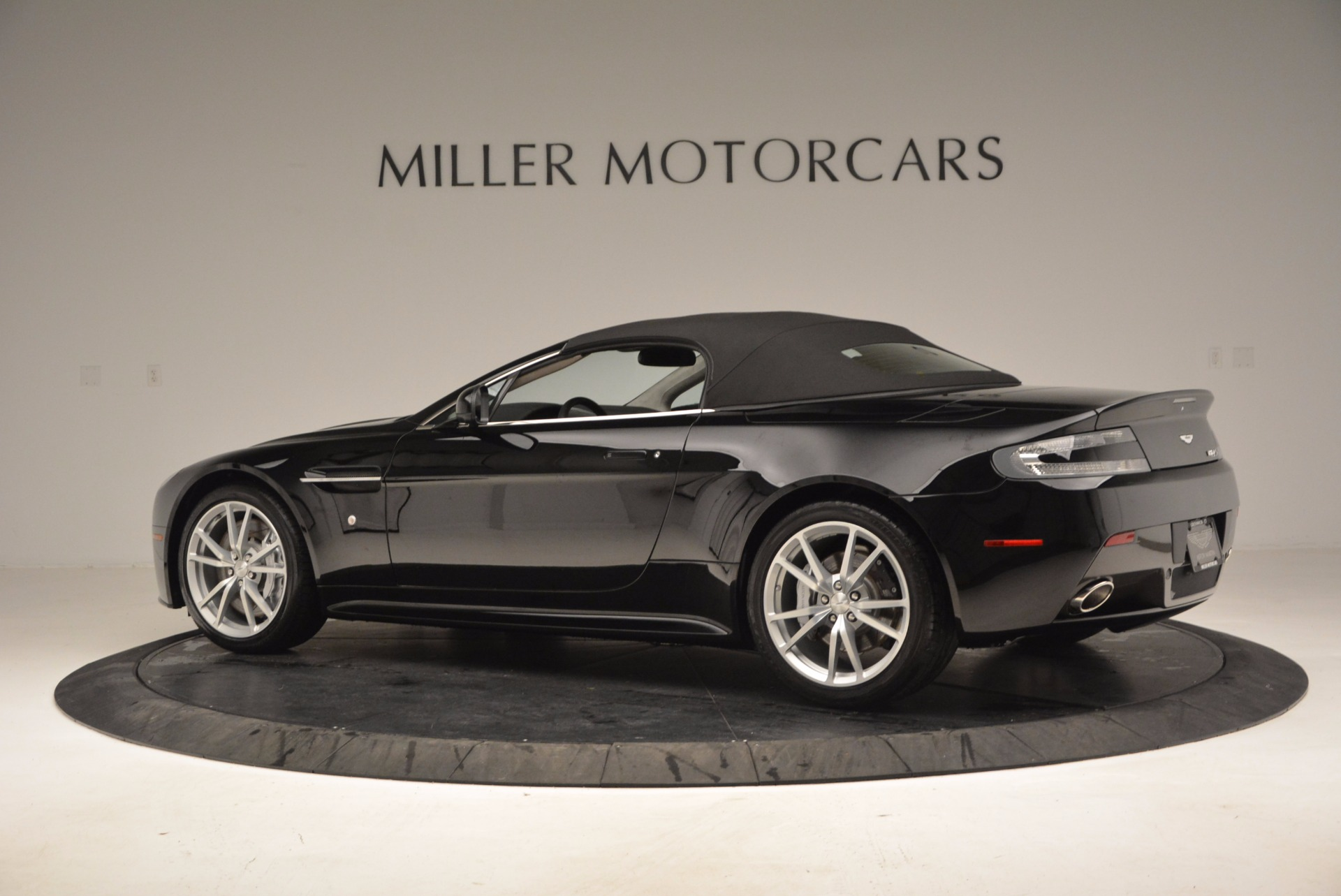 New 2016 Aston Martin V8 Vantage S Roadster  | Greenwich, CT