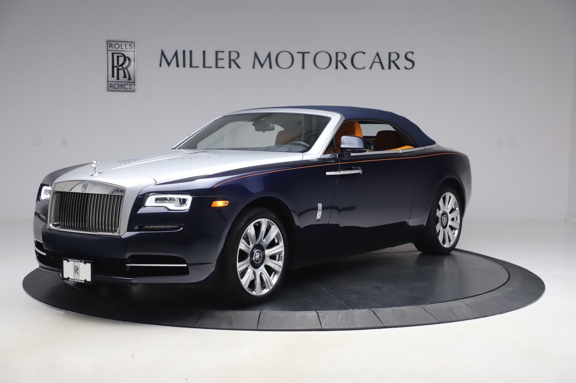 rolls royce dawn dark blue. New 2017 Rolls-Royce Dawn | Greenwich, CT Rolls Royce Dark Blue S