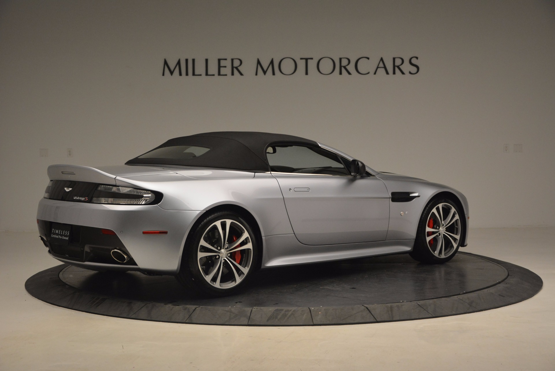 Pre Owned 2015 Aston Martin V12 Vantage S Roadster For Sale Miller Motorcars Stock 7823