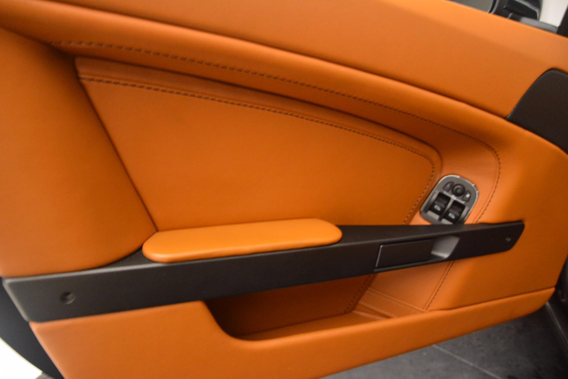 Used-2009-Aston-Martin-V8-Vantage