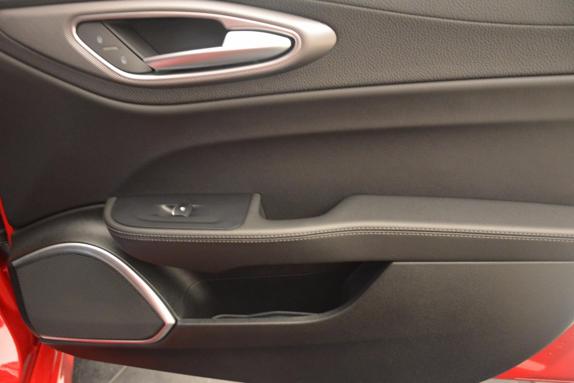New-2017-Alfa-Romeo-Giulia-Ti-Sport-Q4