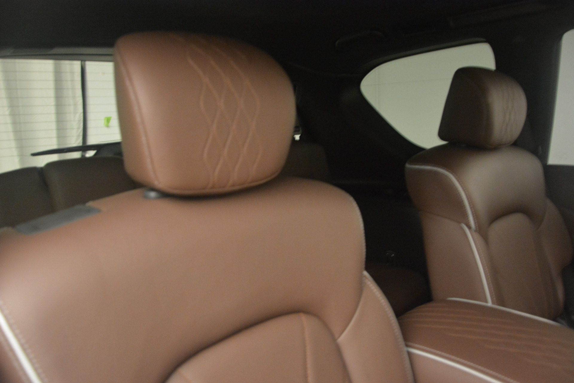 Used-2015-INFINITI-QX80-Limited-4WD