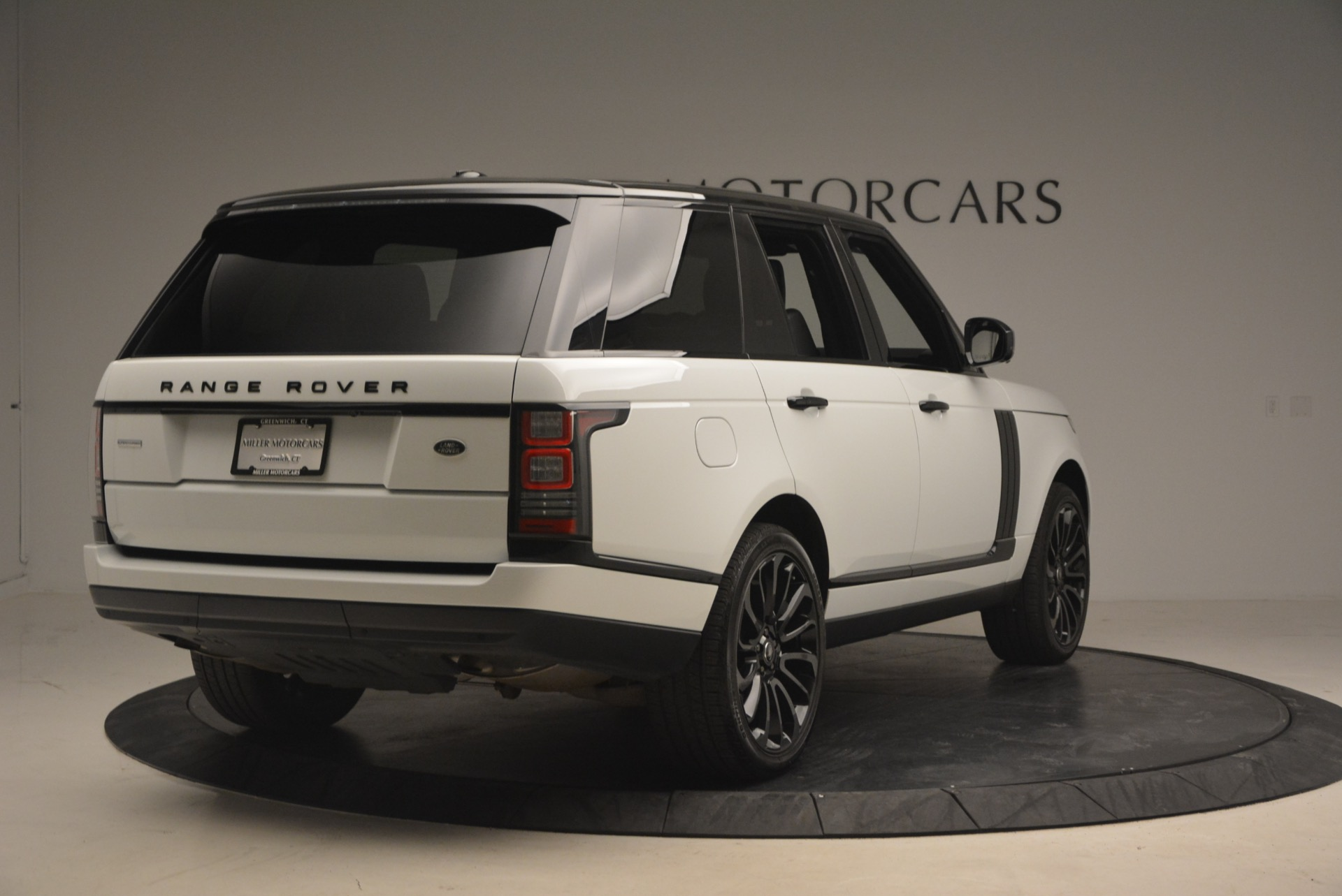 Used-2015-Land-Rover-Range-Rover-Supercharged