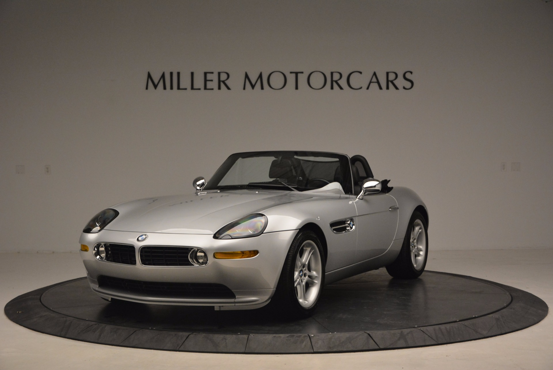 Used 2001 BMW Z8  | Greenwich, CT