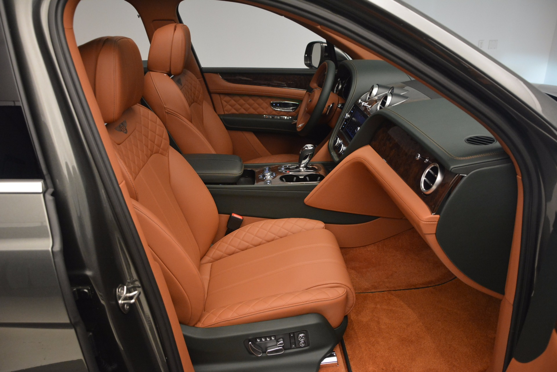 New-2018-Bentley-Bentayga