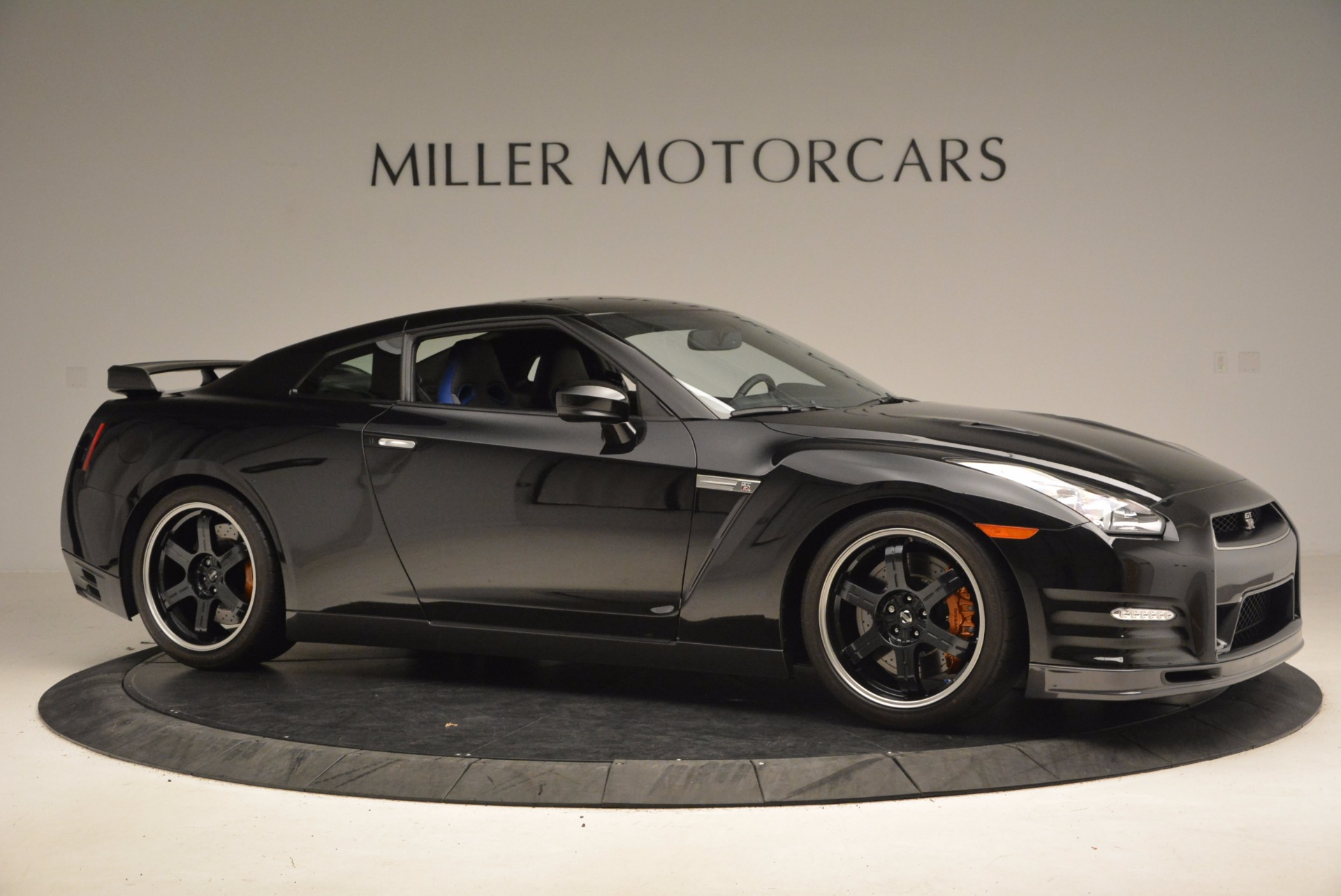 Used-2014-Nissan-GT-R-Track-Edition