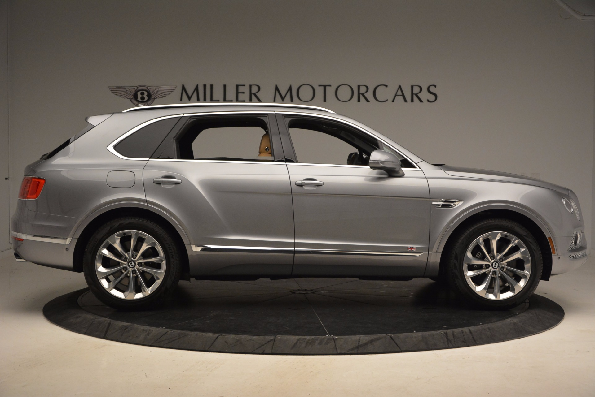 New-2018-Bentley-Bentayga