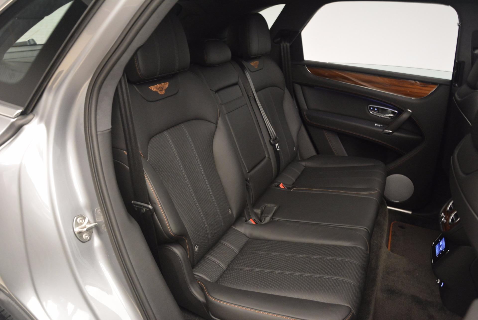 New-2018-Bentley-Bentayga-Onyx