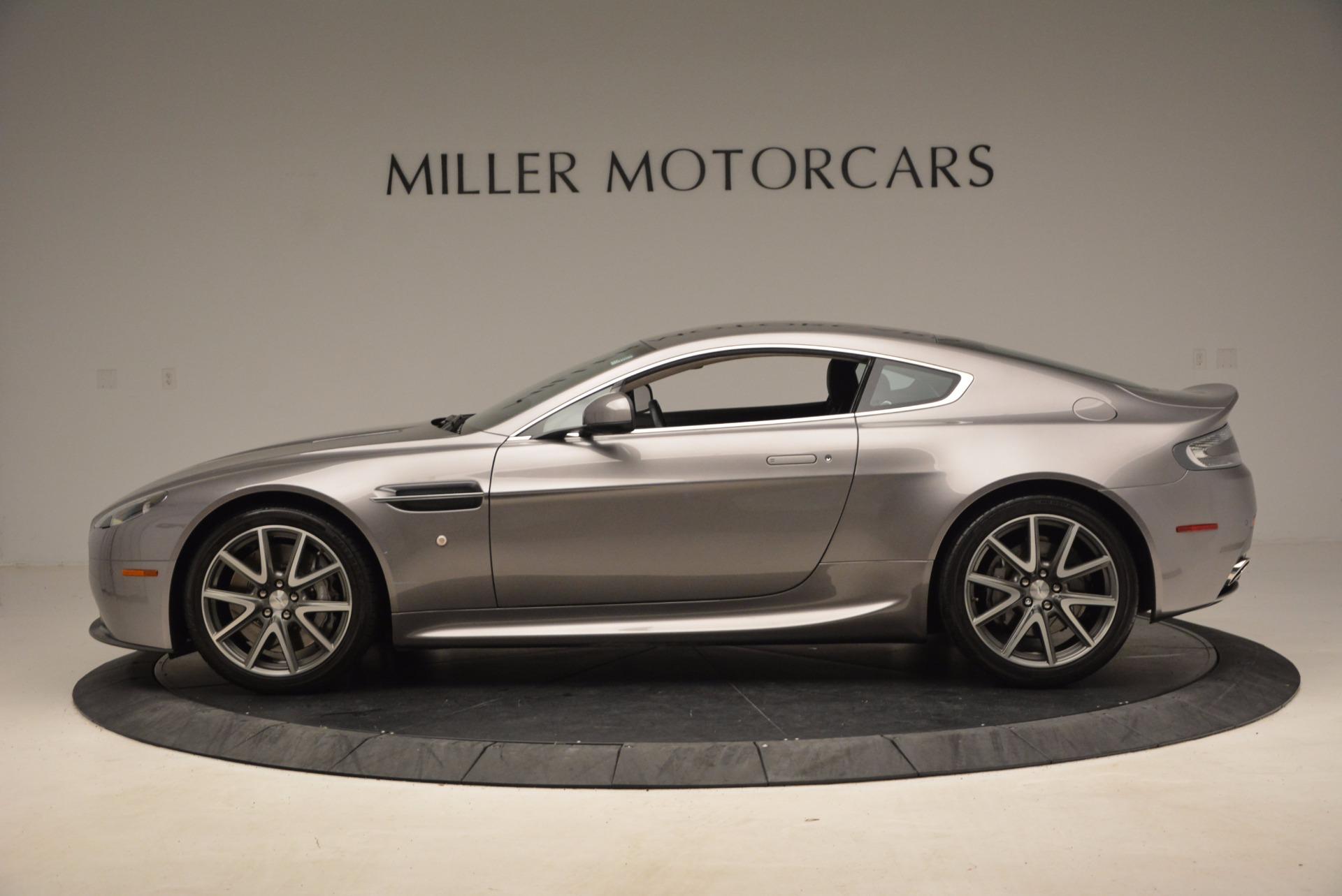 Used-2012-Aston-Martin-V8-Vantage