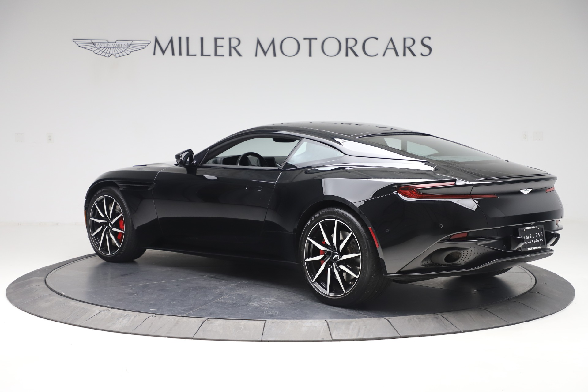 New-2017-Aston-Martin-DB11
