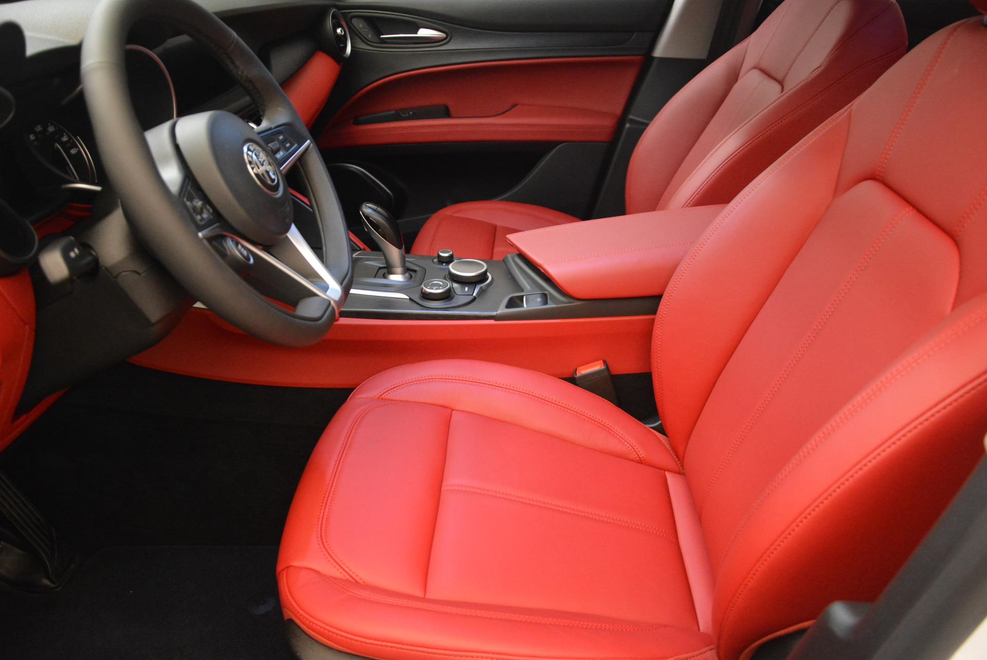 New-2018-Alfa-Romeo-Stelvio-Q4