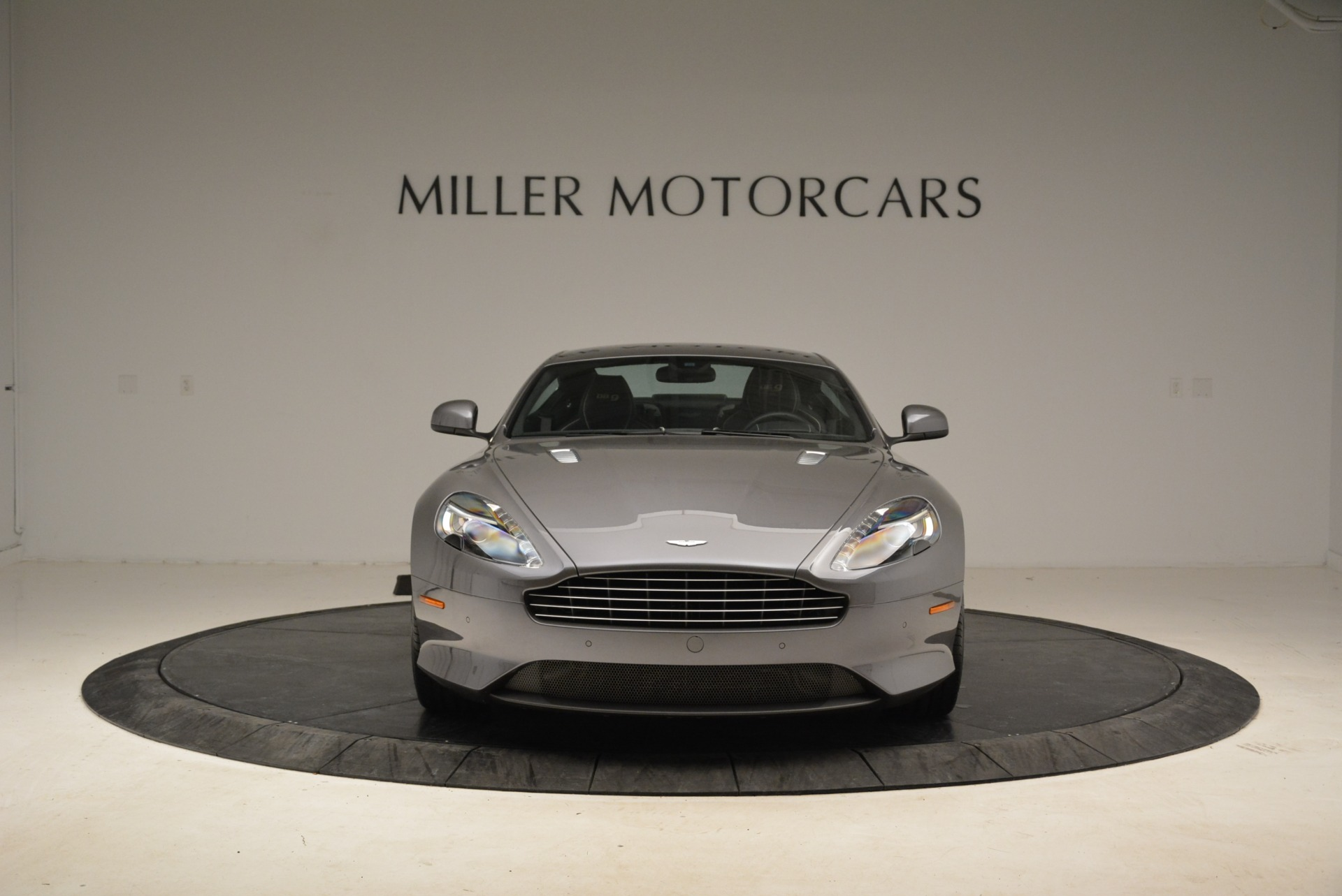 Used-2015-Aston-Martin-DB9