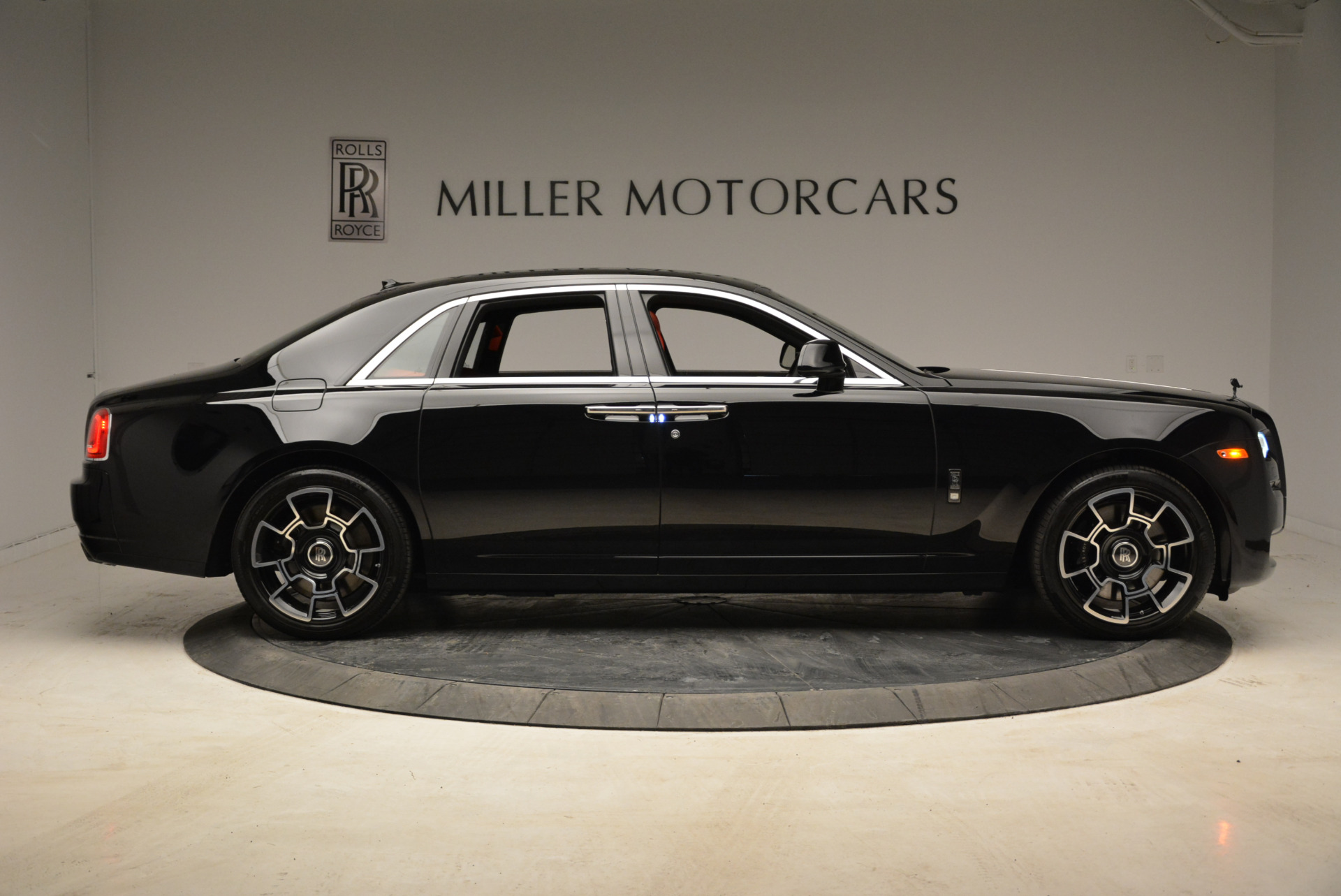 Used-2017-Rolls-Royce-Ghost-Black-Badge