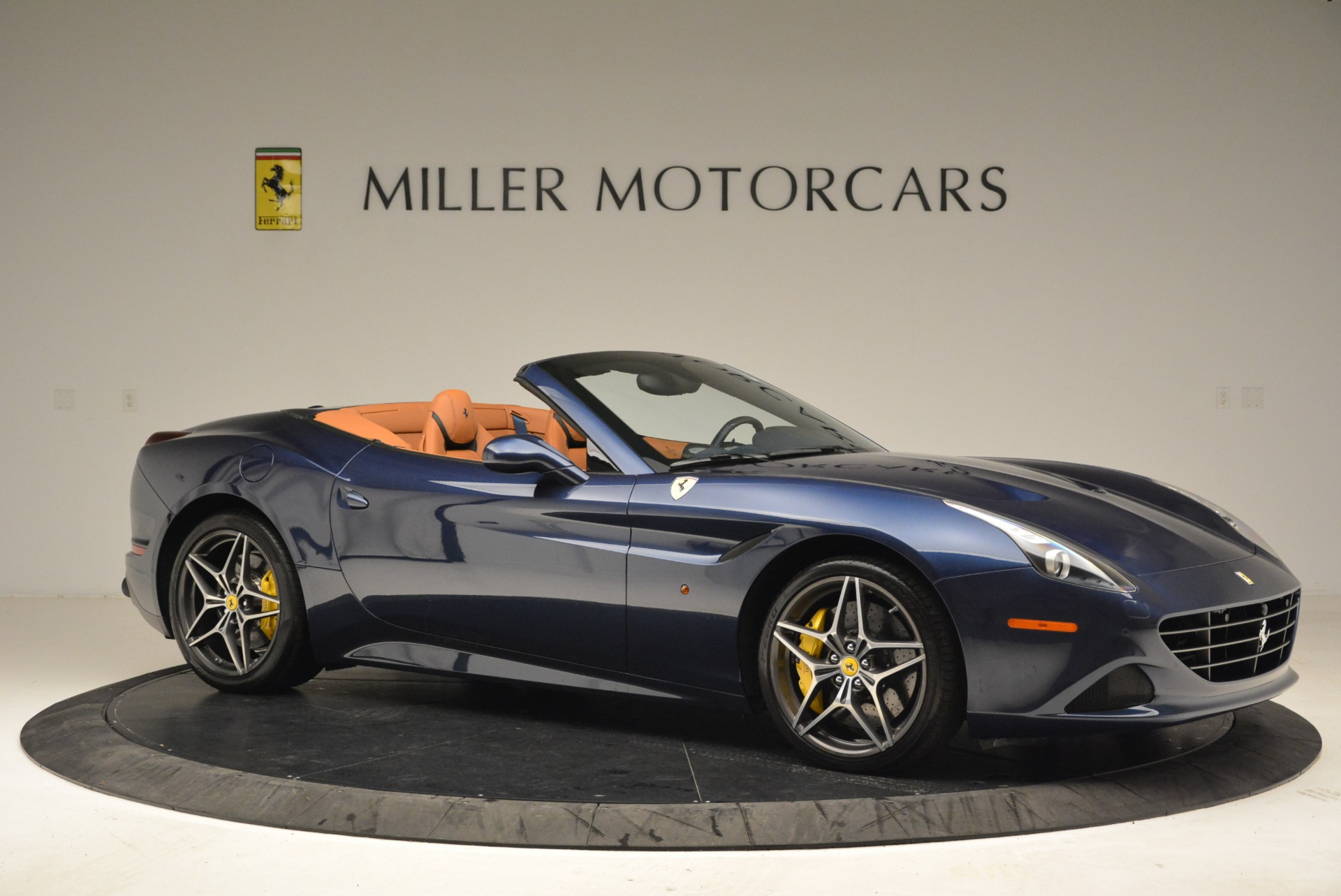 Pre Owned 2017 Ferrari California T Handling Speciale For Sale Miller Motorcars Stock F1851a
