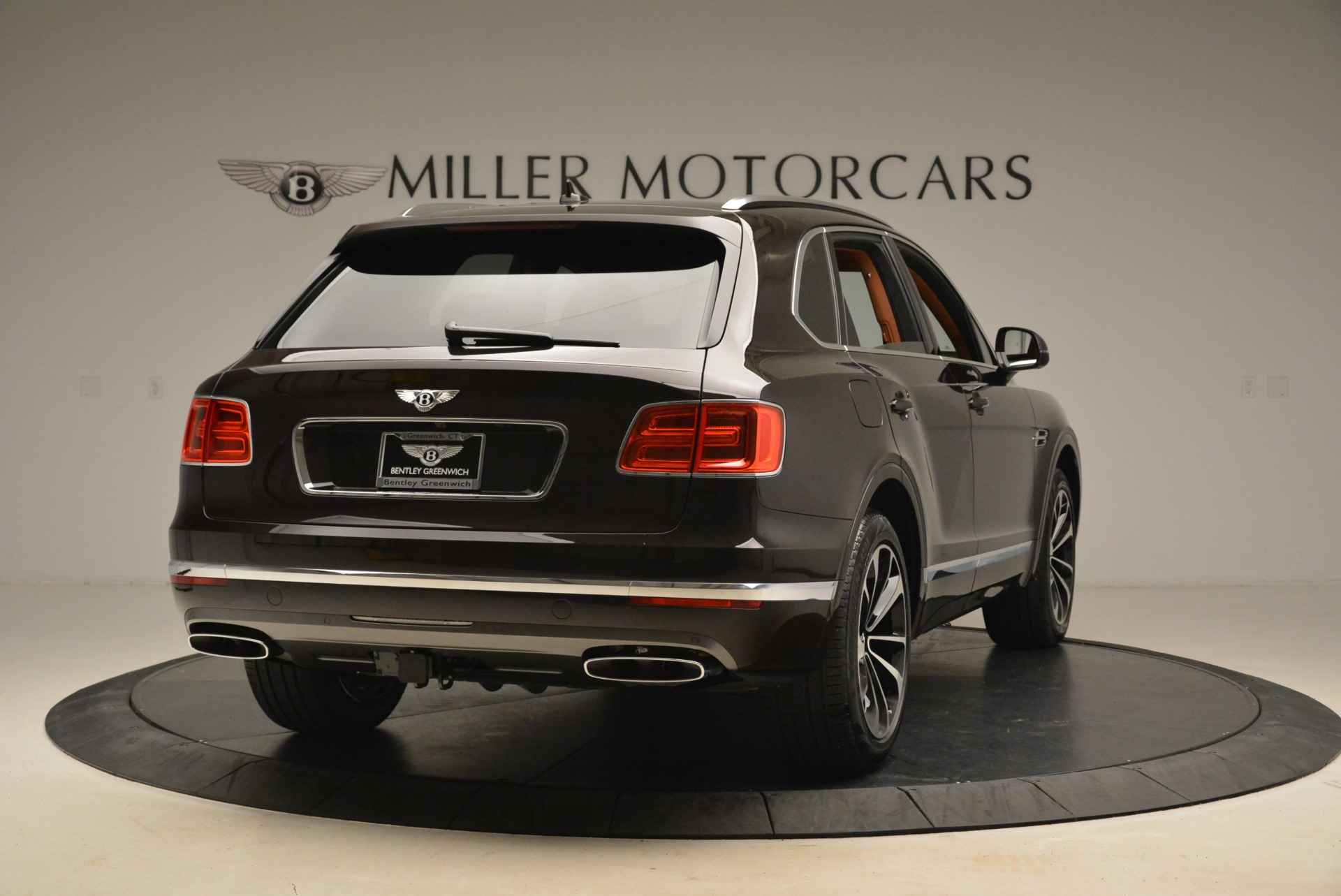 New-2018-Bentley-Bentayga-Signature