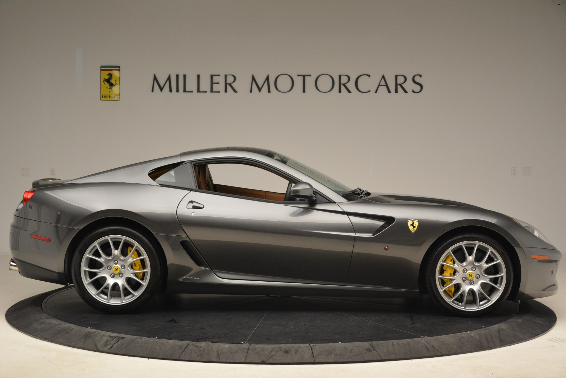 Used-2010-Ferrari-599-GTB-Fiorano
