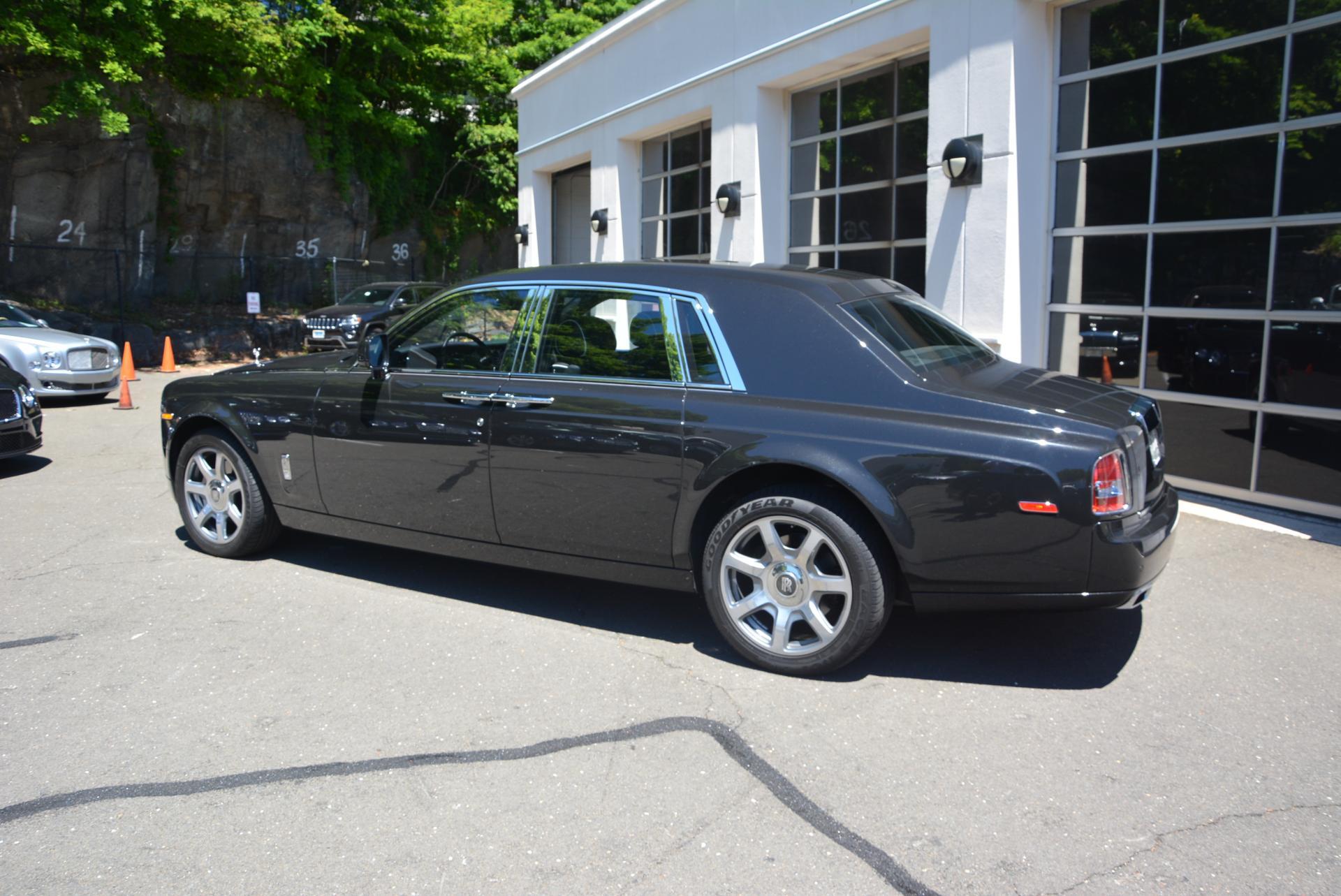 New-2016-Rolls-Royce-Phantom