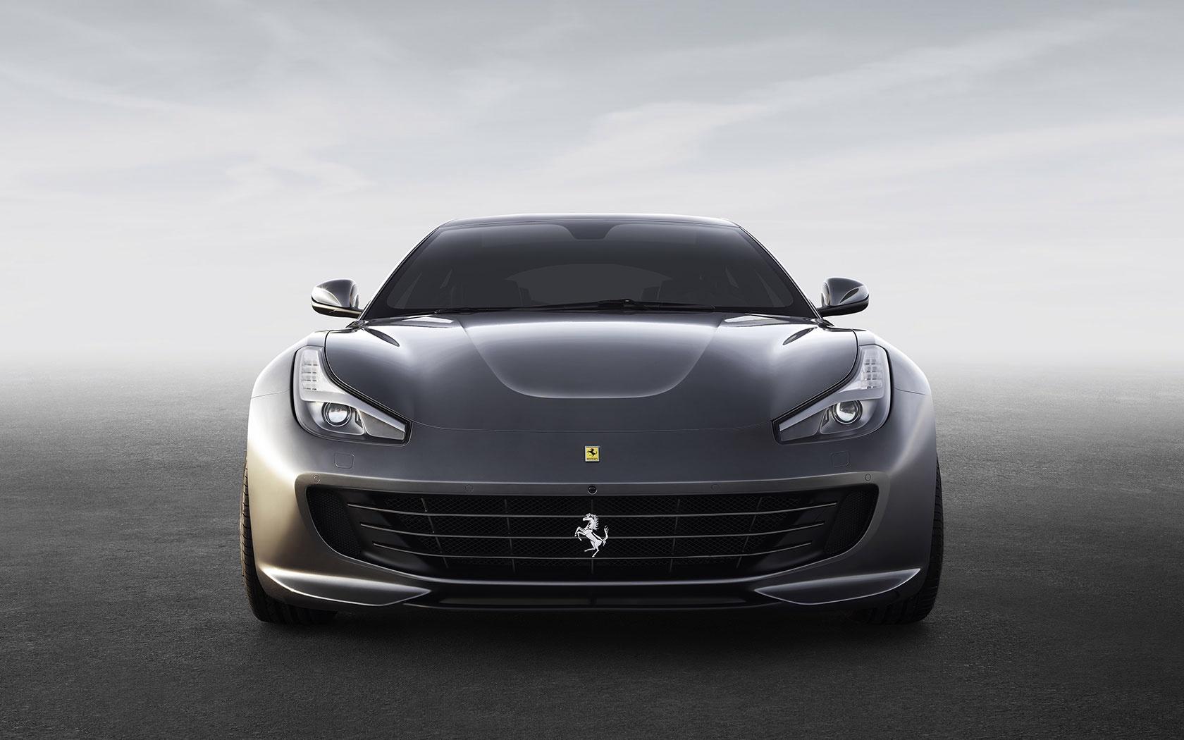 New-2019-Ferrari-GTC4LUSSO
