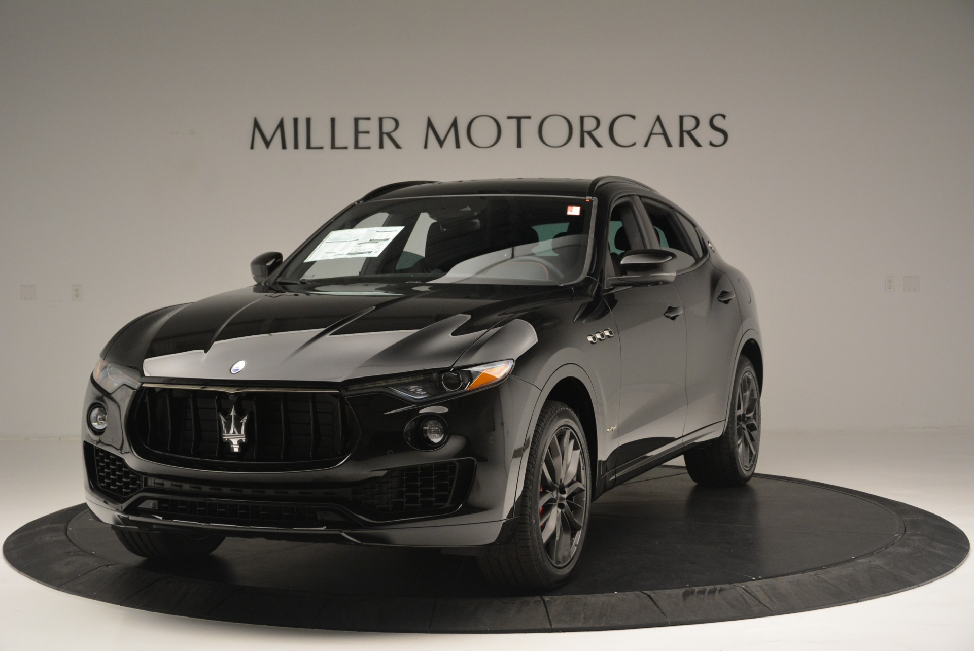 New-2018-Maserati-Levante-S-Q4-GranSport-Nerissimo